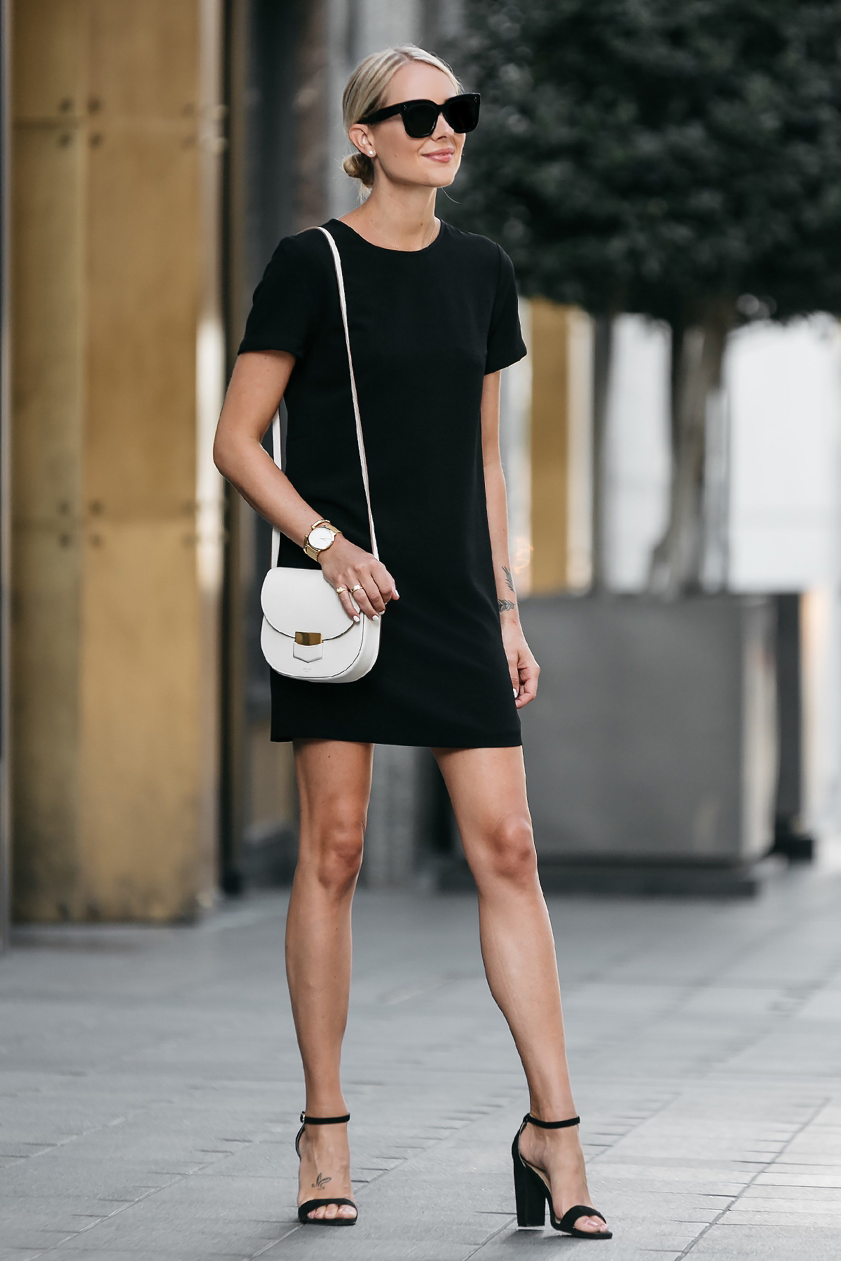 Blonde Wearing Nordstrom Black Shift Dress Outfit Black Ankle Strap Heeled Sandals Celine White Trotteur Handbag Fashion Jackson Dallas Blogger Fashion Blogger Street Style