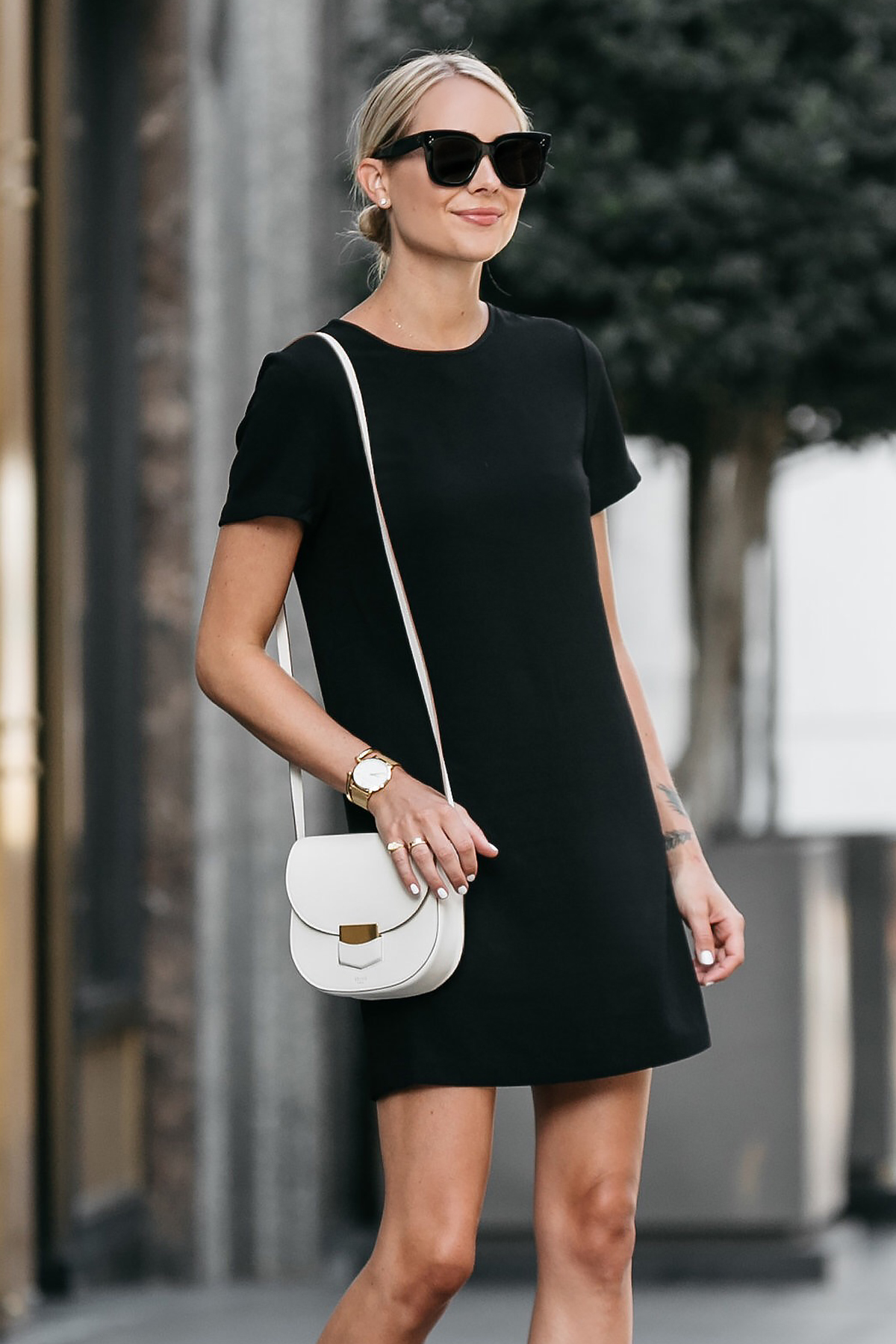 Blonde Wearing Nordstrom Black Shift Dress Outfit Celine White Trotteur Handbag Fashion Jackson Dallas Blogger Fashion Blogger Street Style
