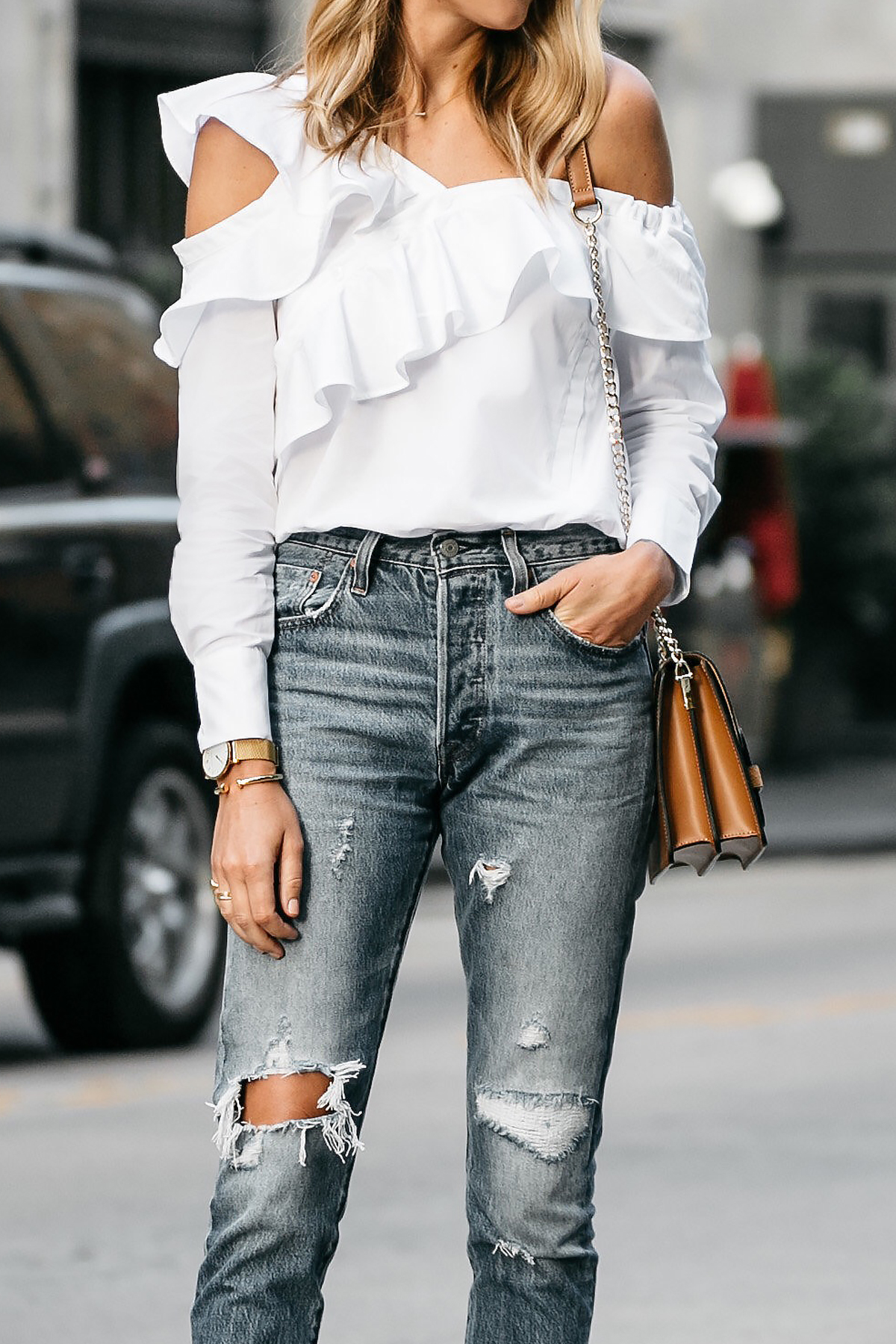 Shopbop White Asymmetrical Ruffle Top Levis Denim Ripped Skinny Jeans Street Style Dallas Blogger Fashion Blogger