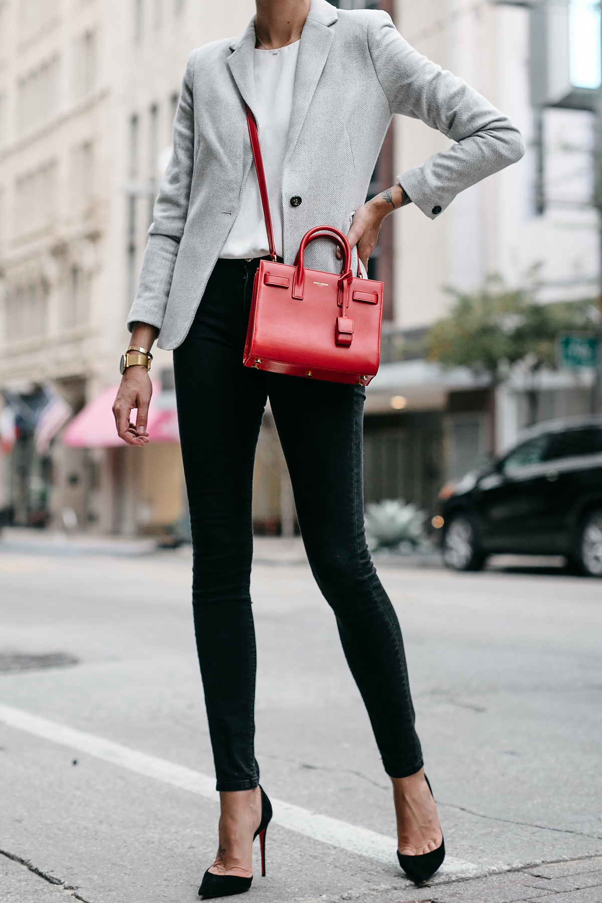 Grey Blazer White Top Black Skinny Jeans Black Pumps Saint Laurent Sac de Jour Nano Red Fashion Jackson Dallas Blogger Fashion Blogger