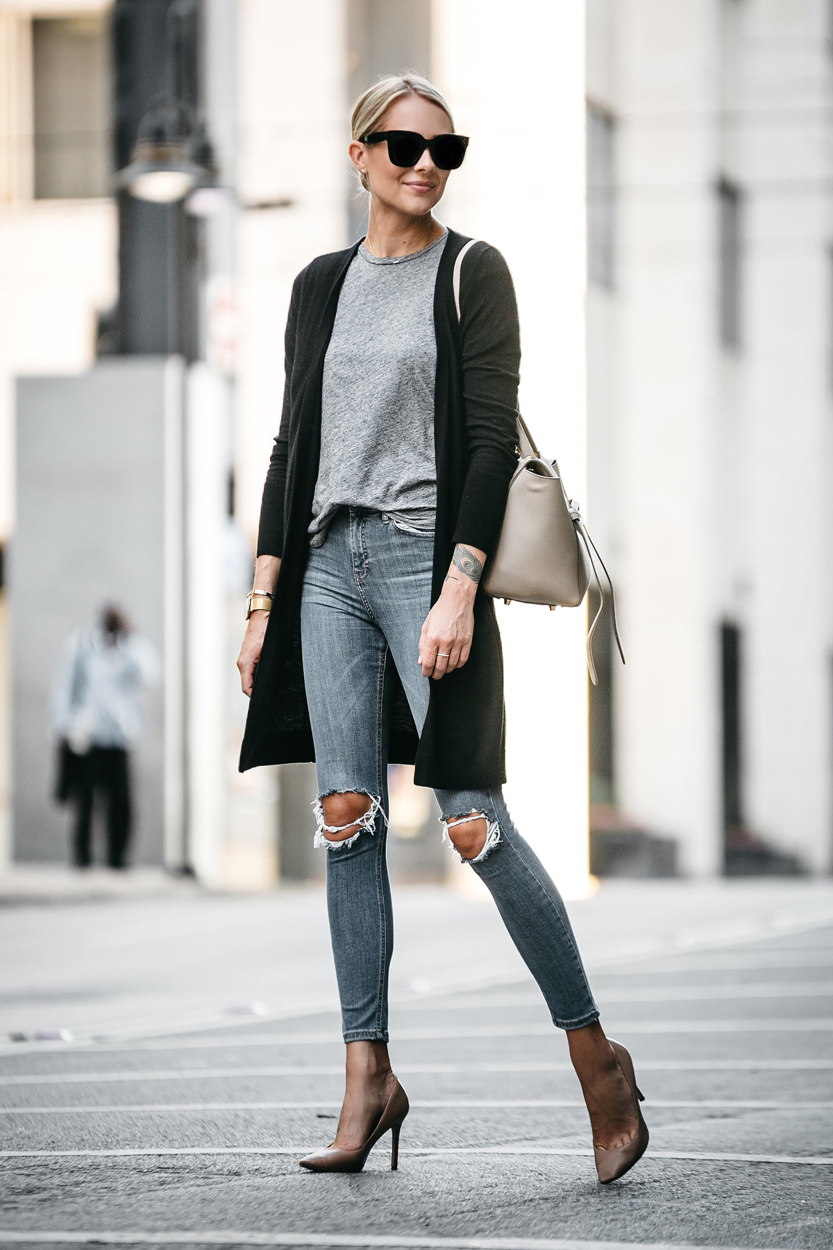 HOW TO STYLE A LONG CARDIGAN THIS FALL | Fashion Jackson