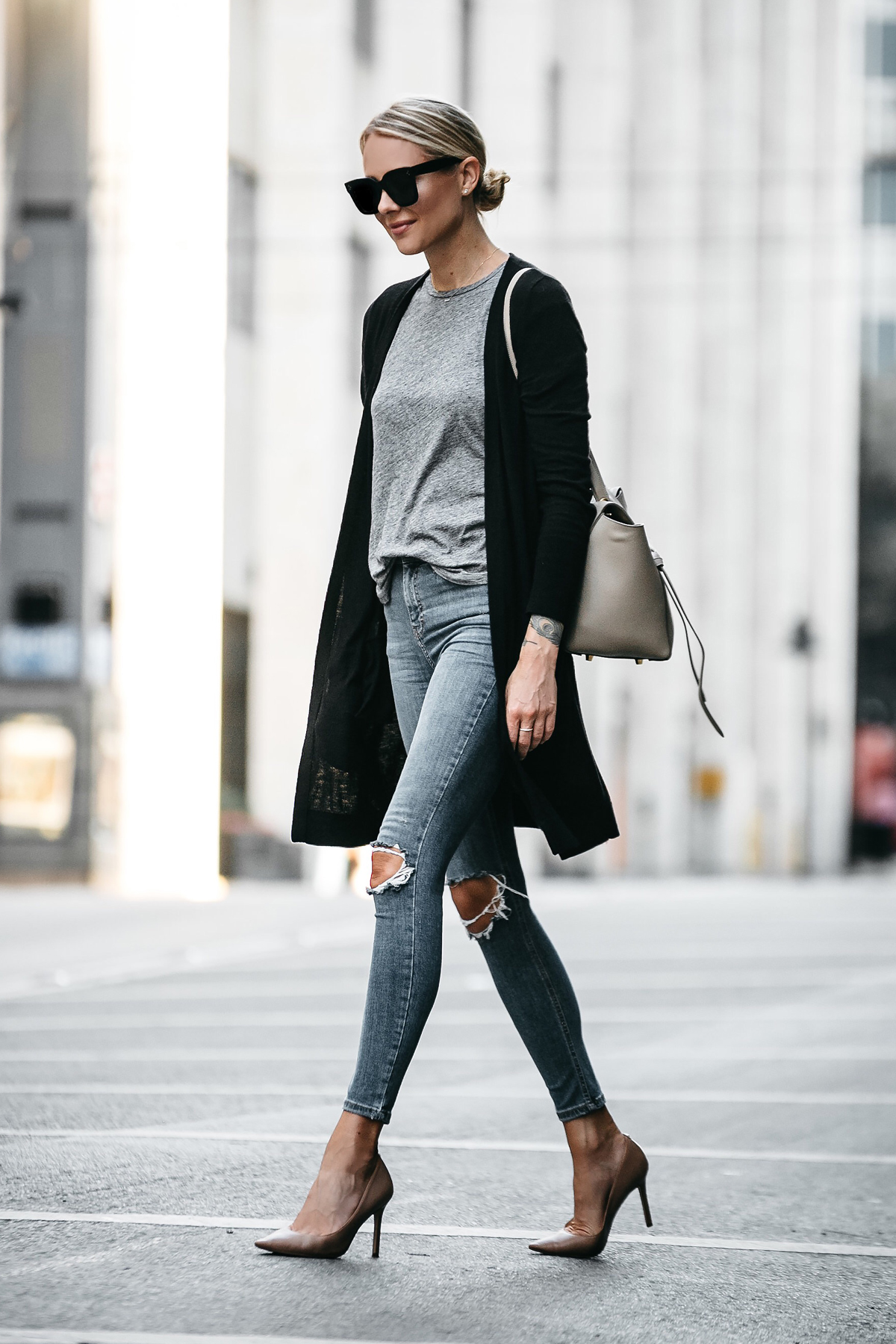 d27415556b Blonde Woman Wearing Long Black Cardigan Grey Tshirt Topshop Ripped Skinny  Jeans Nude Pumps Outfit Celine