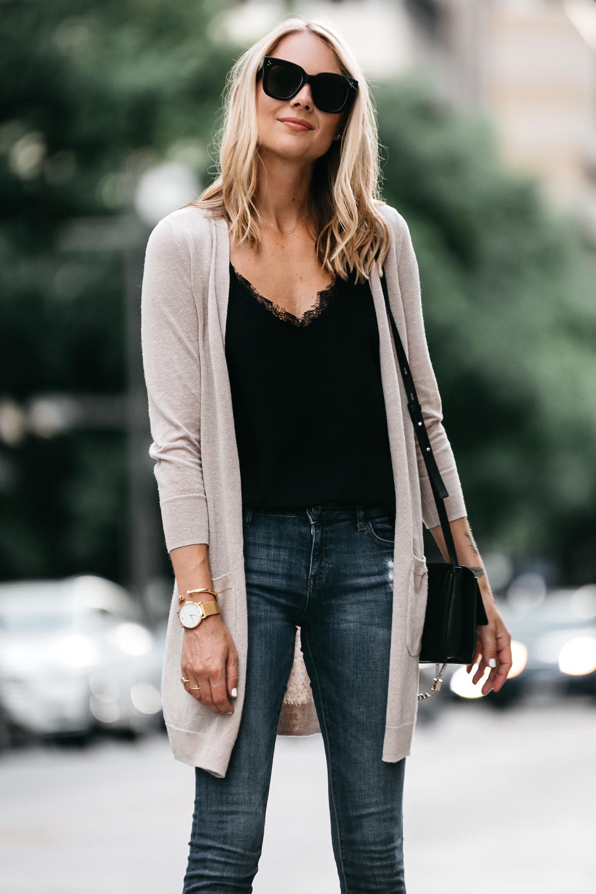 Blonde Woman Wearing Long Tan Cardigan Black Lace Cami Denim Skinny Jeans Outfit Fashion Jackson Dallas Blogger Fashion Blogger