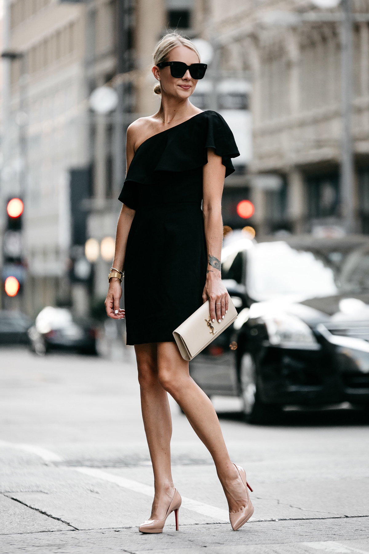 Blonde Wearing Nordstrom Black One Shoulder Ruffle Dress Saint Laurent Monogram Clutch Christian Louboutin Nude Pumps Fashion Jackson Dallas Blogger Fashion Blogger Street Style