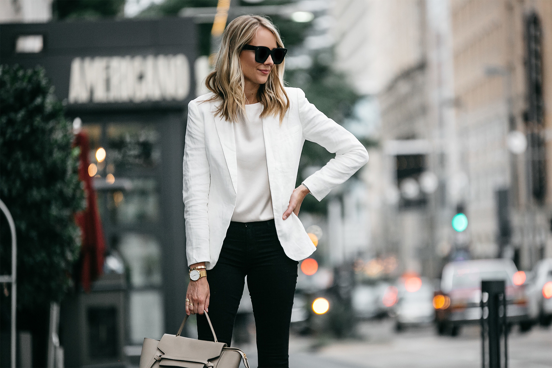 Blonde Woman Wearing Stitch Fix Outfit Joie White Blazer J Brand Black Skinny Jeans Fashion Jackson Dallas Blogger Fashion Blogger Street Style