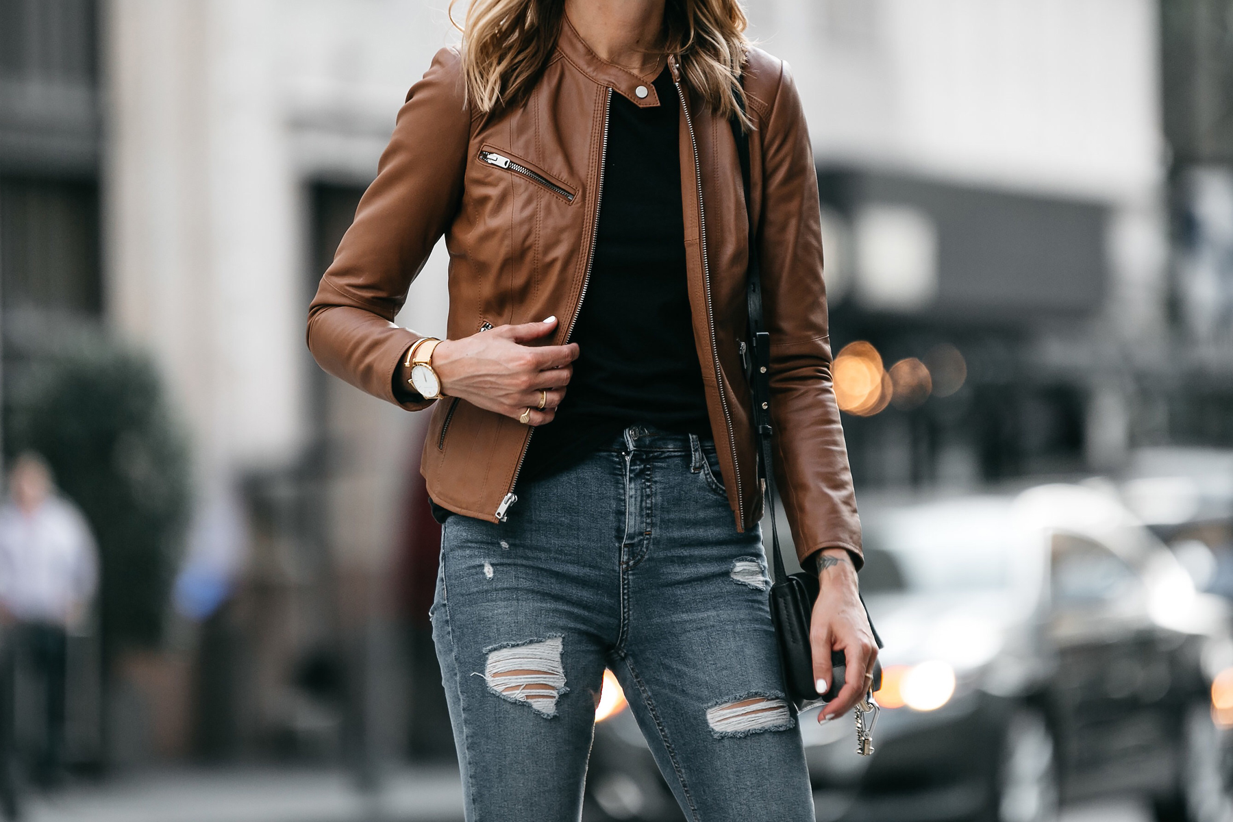 Tan Leather Jacket Black Tshirt Ripped Jeans Outfit Fashion Jackson Dallas Blogger Fashion Blogger Street Style