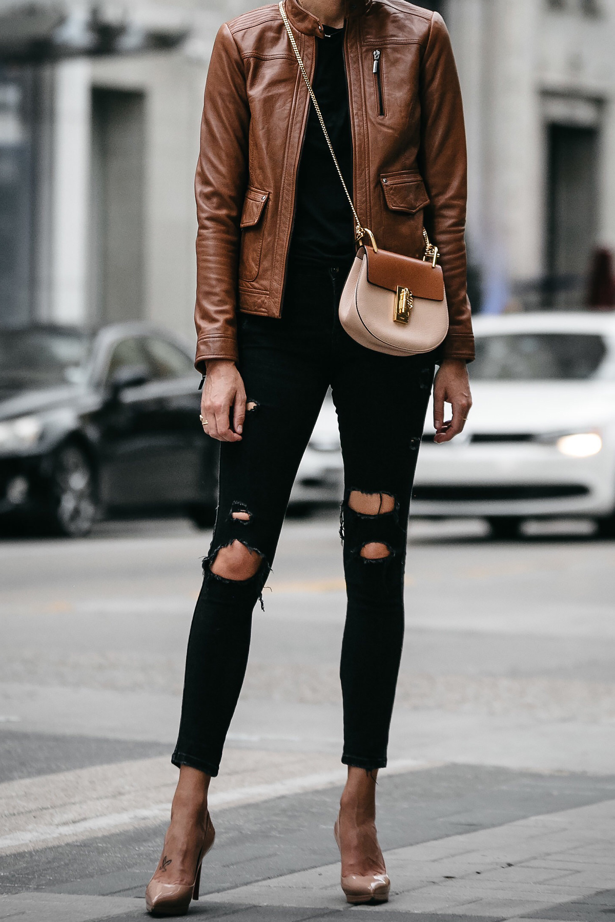 Tan Leather Moto Jacket Black Ripped Skinny Jeans Outfit Christian Louboutin Nude Pumps Chloe Drew Handbag Fashion Jackson Dallas Blogger Fashion Blogger Street Style