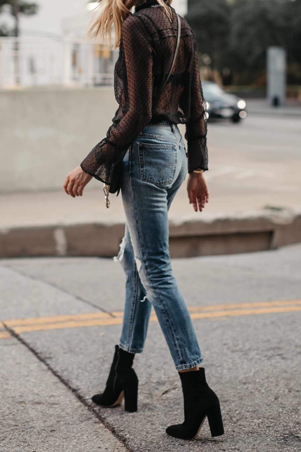 Black Lace Top Levis Denim Jeans Club Monaco Black Ankle Booties Fashion Jackson Dallas Blogger Fashion Blogger Street Style