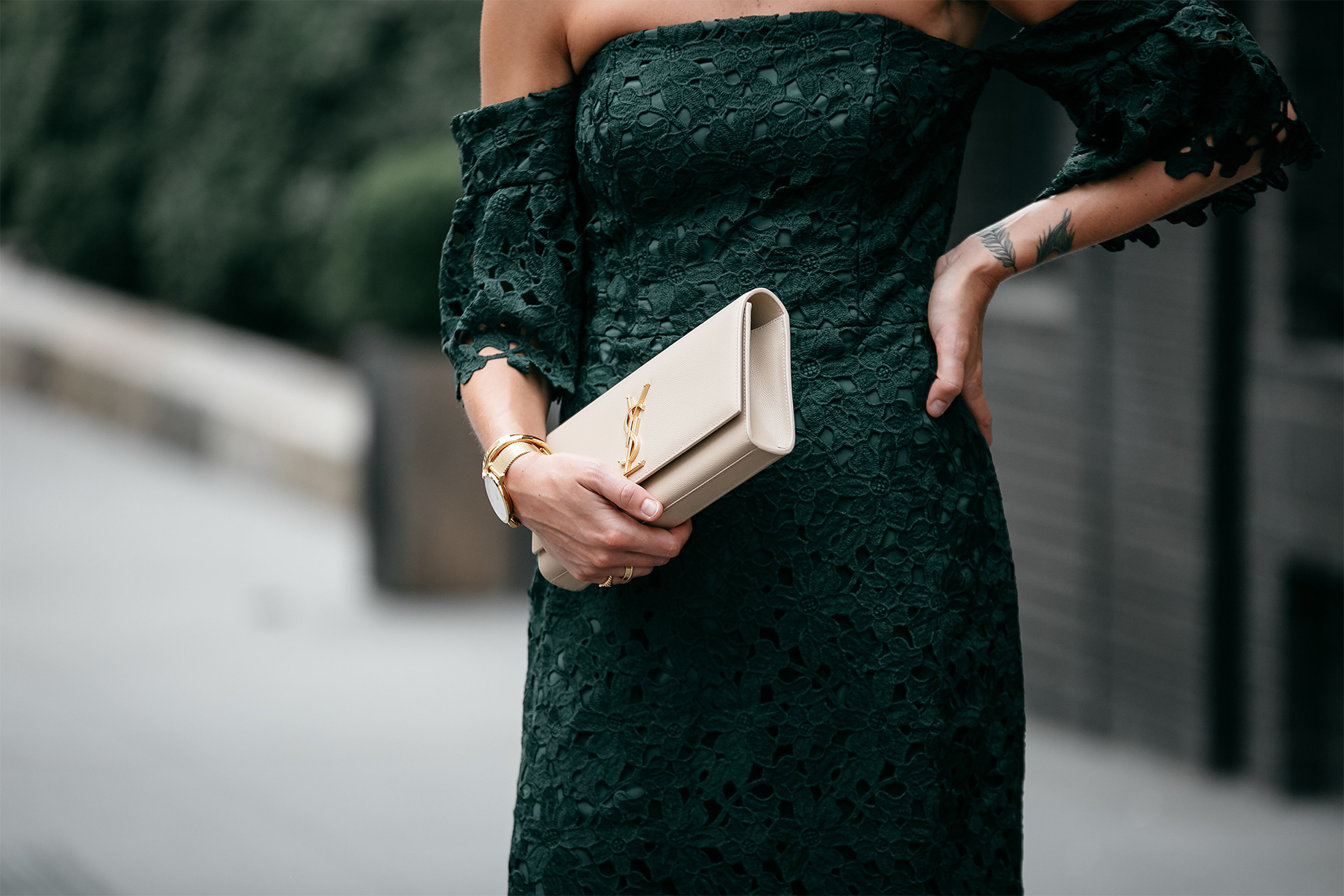 Club Monaco Green Lace Dress Saint Laurent Monogram Clutch Fashion Jackson Dallas Blogger Fashion Blogger Street Style