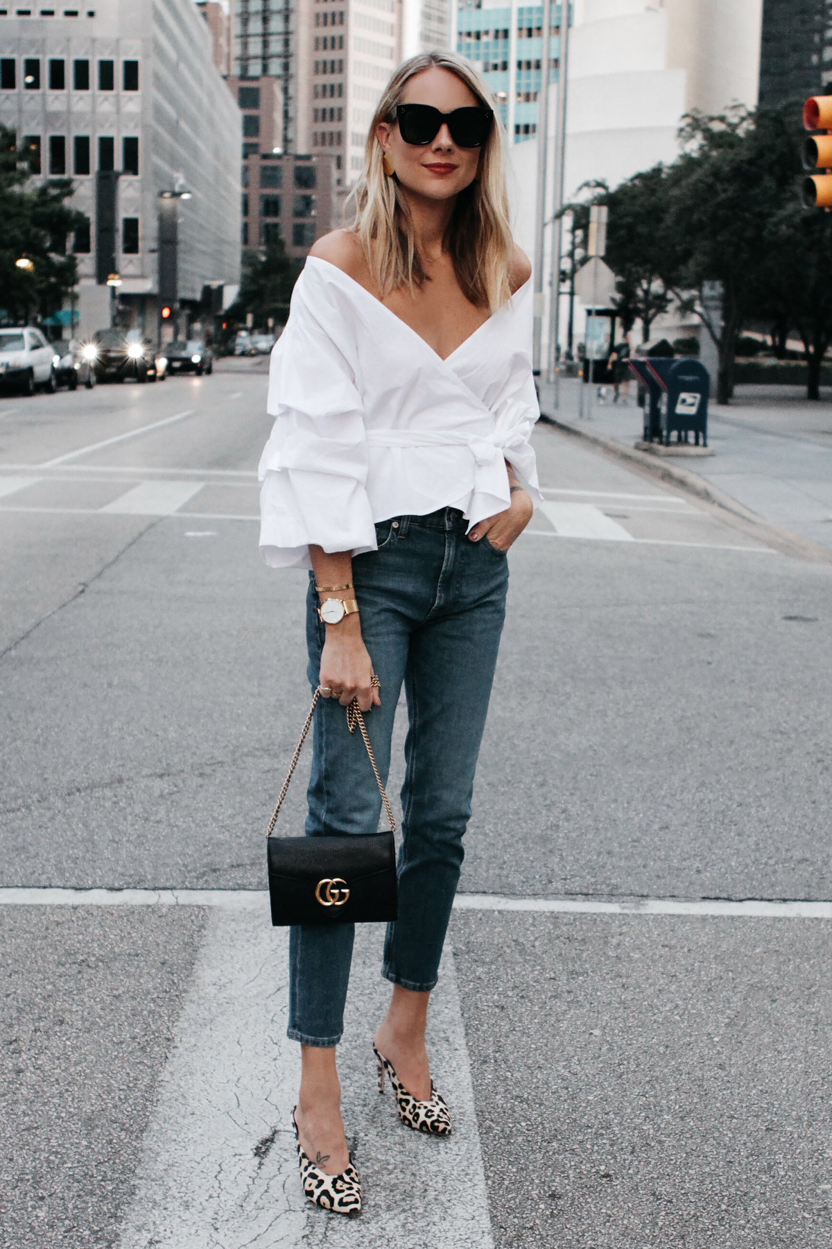 Shop for Womens Boyfriend Jeans in Womens Jeans. Buy products such as Women's Midrise Boyfriend Jean, Women's Modern Midrise Boyfriend Jean at Walmart and save.