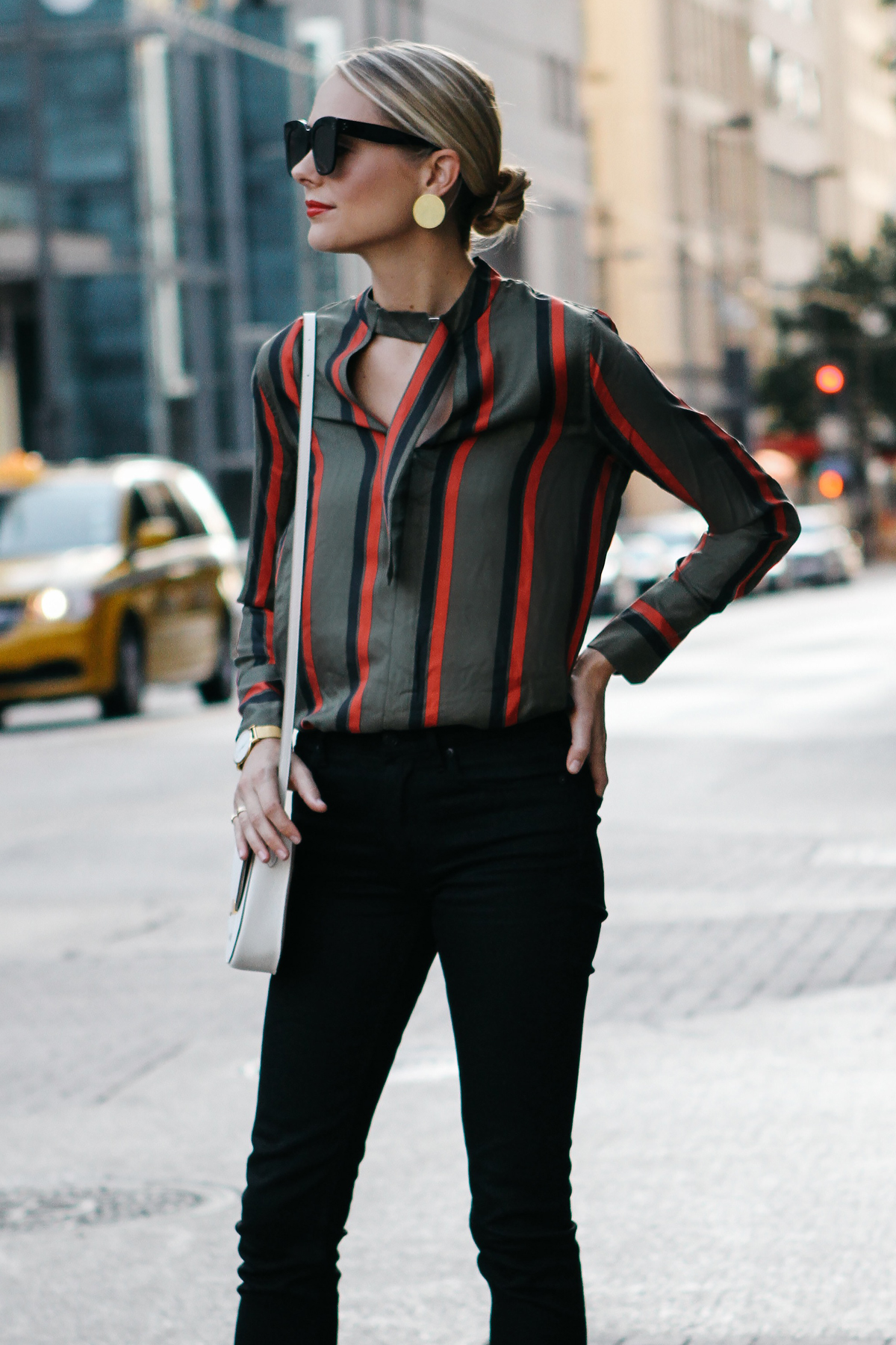 Blonde Woman Wearing Equipment Janelle Striped Blouse Everlane Black Skinny Jeans Fashion Jackson Dallas Blogger Fashion Blogger Street Style