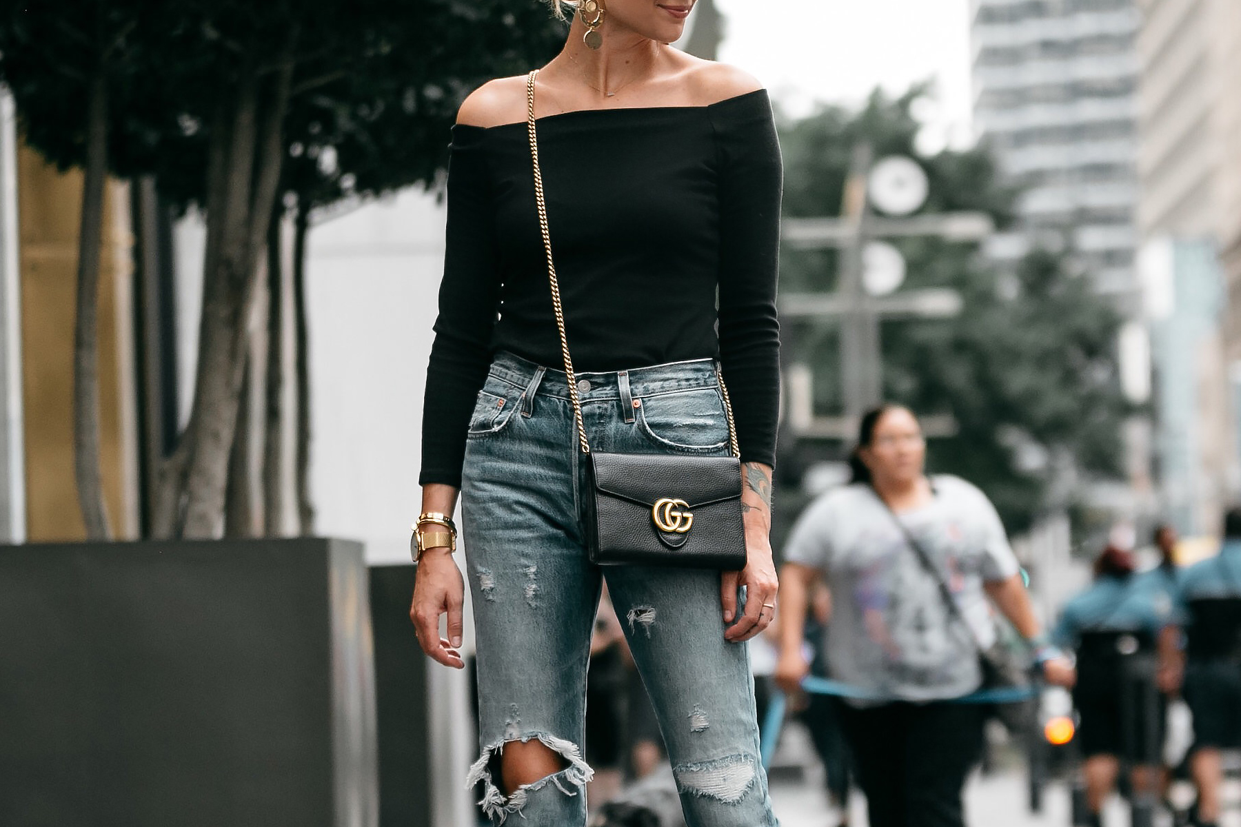 Jcrew black off the shoulder top Levis Denim Ripped Jeans Gucci Marmont Handbag Fashion Jackson Dallas Blogger Fashion Blogger Street Style