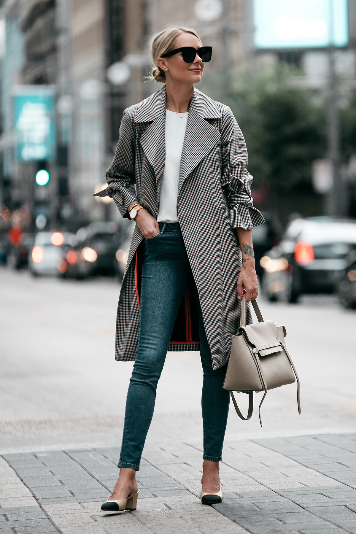 Blonde Woman Wearing Topshop Plaid Trench Coat Denim Skinny Jeans Outfit Chanel Slingbacks Celine Belt Bag Fashion Jackson Dallas Blogger Fashion Blogger Street Style