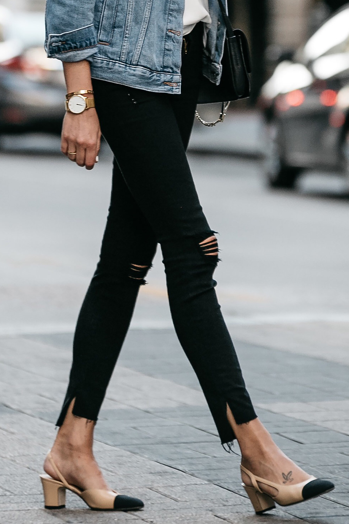 Frame Black Ripped Skinny Jeans Chanel Slingbacks Fashion Jackson Dallas Blogger Fashion Blogger Street Style