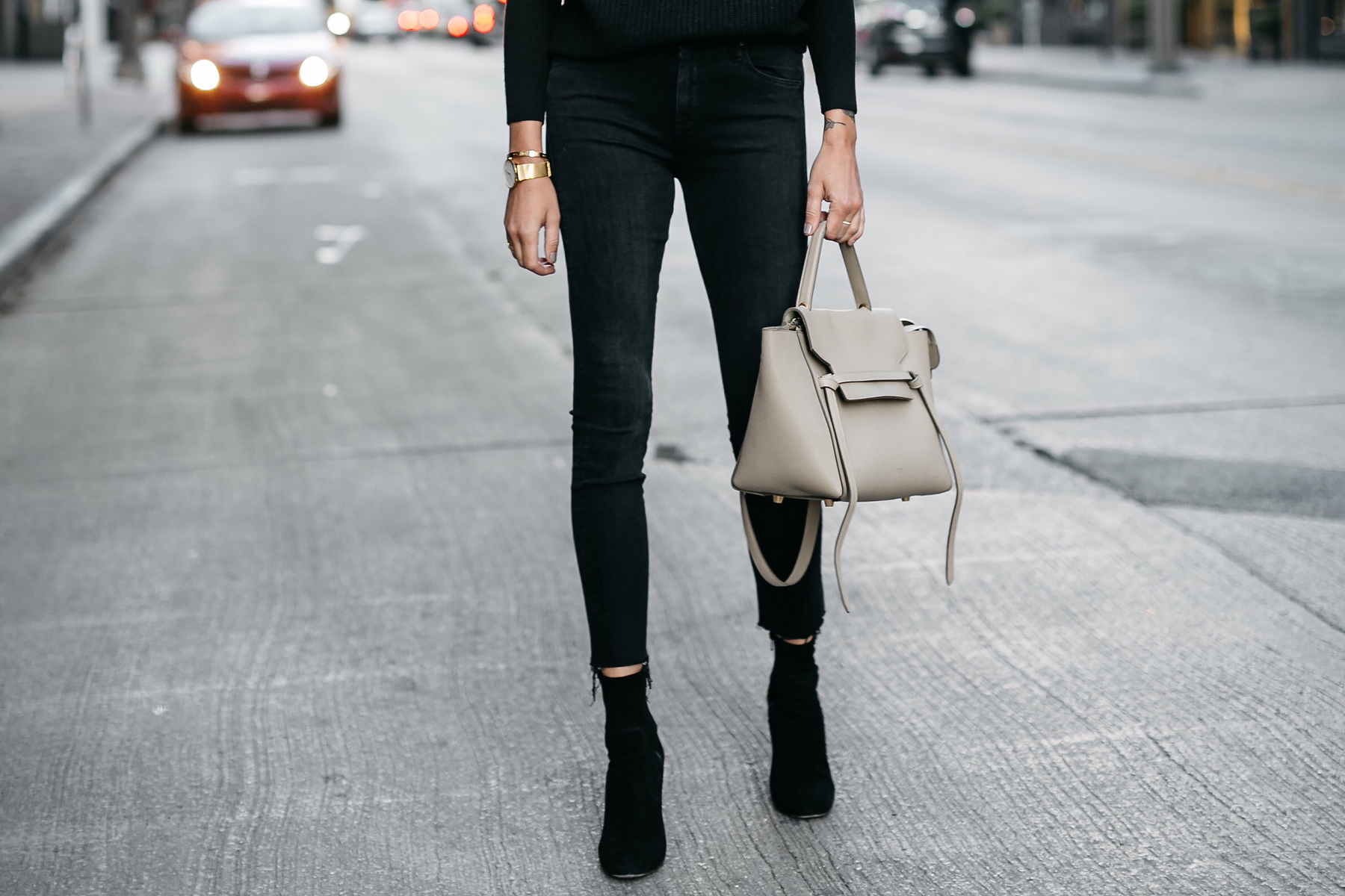 Black Raw Hem Skinny Jeans Black Booties Celine Mini Belt Bag Fashion Jackson Dallas Blogger Fashion Blogger Street Style