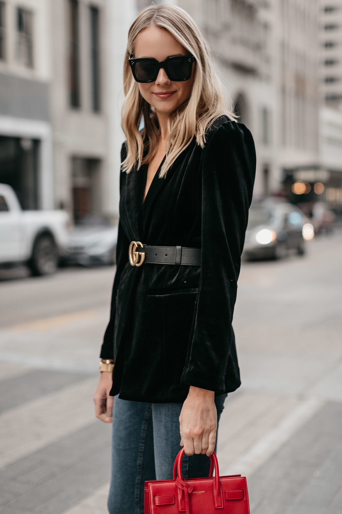 Blonde Woman Wearing Black Velvet Blazer Gucci Marmont Belt Denim Skinny Jeans Fashion Jackson Dallas Blogger Fashion Blogger Street Style