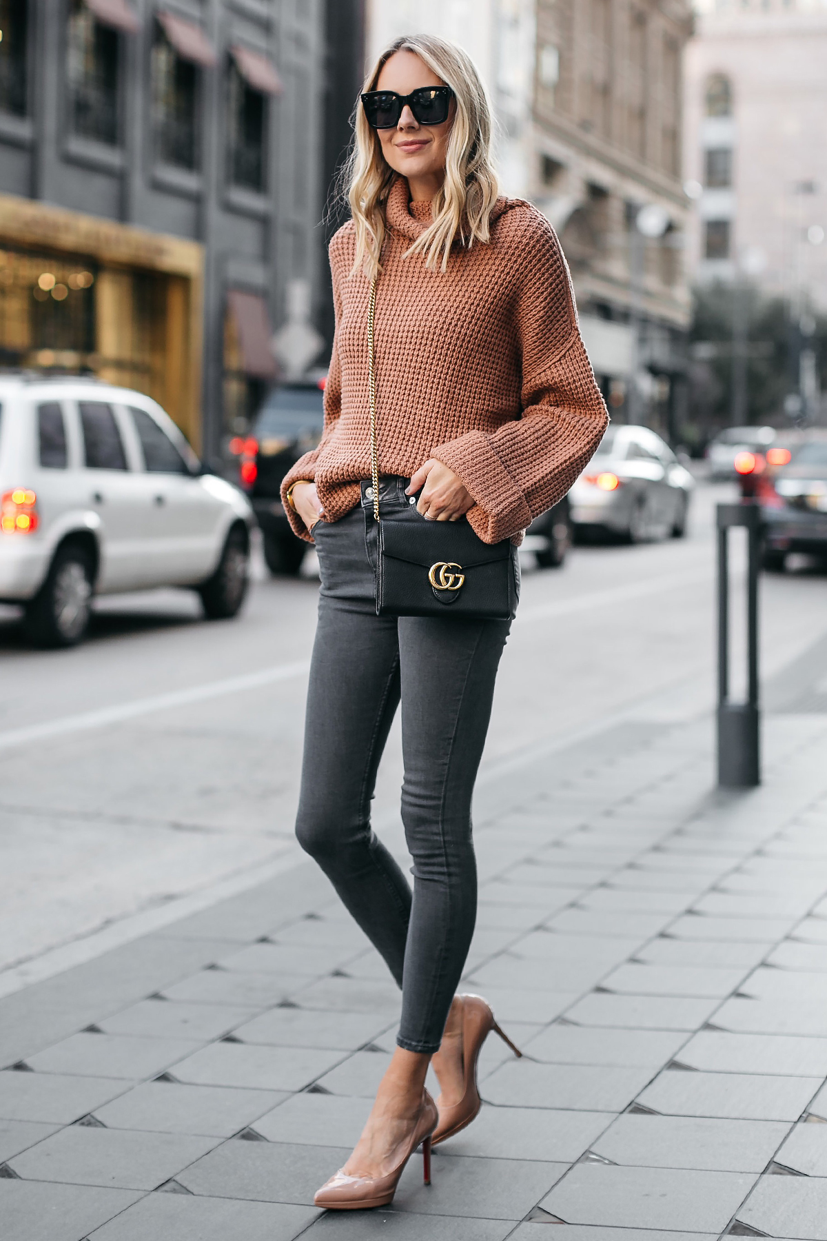 Fashion Jackson Oversized Sweater Free People Park City Pullover Tan Sweater Grey Skinny Jeans Christian Louboutin Nude Pumps Gucci Marmont Handbag 1