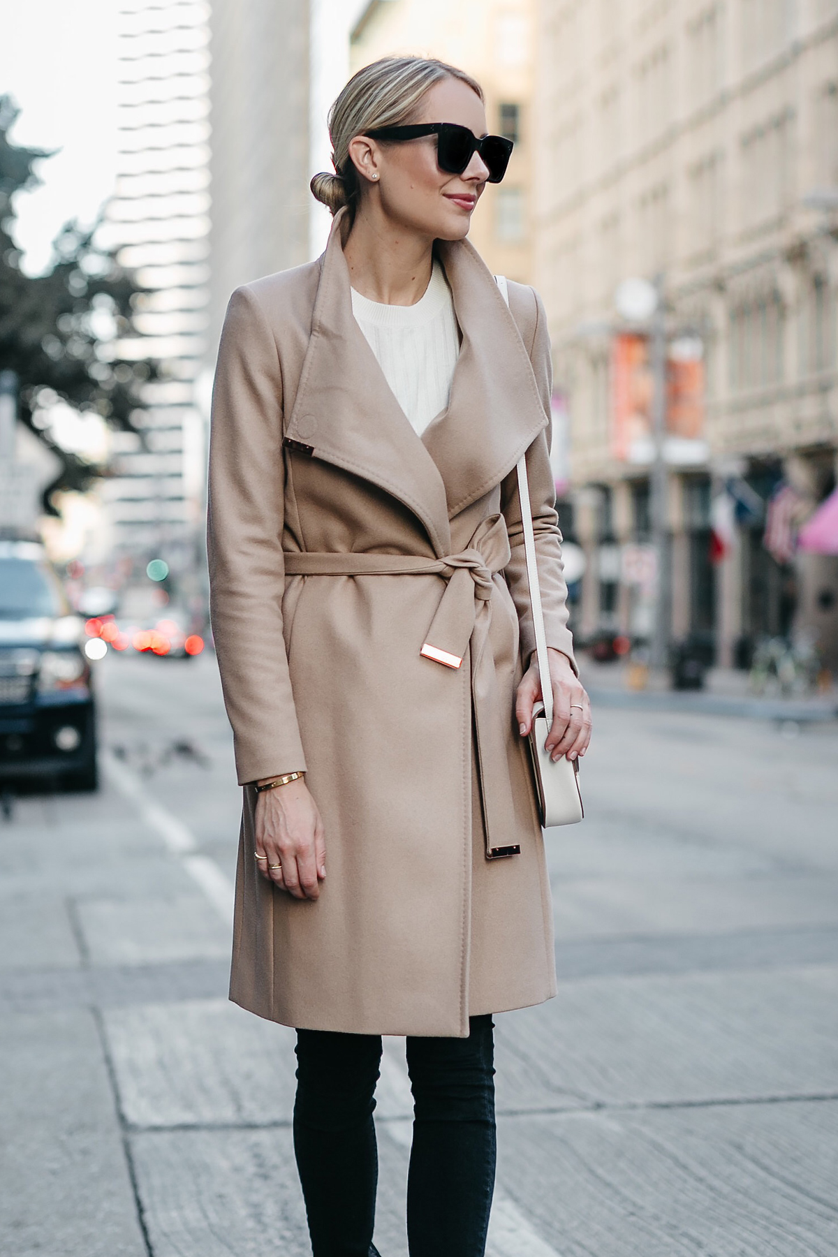 Blonde Woman Wearing Tan Wrap Coat Black Skinny Jeans Fashion Jackson Dallas Blogger Fashion Blogger Street Style