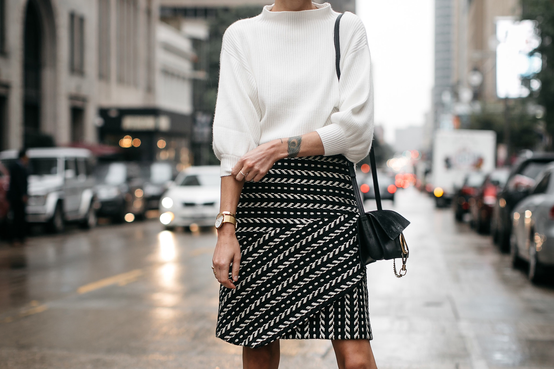 Fashion Jackson White Sweater Rachel Parcell Black and White Jacquard Skirt