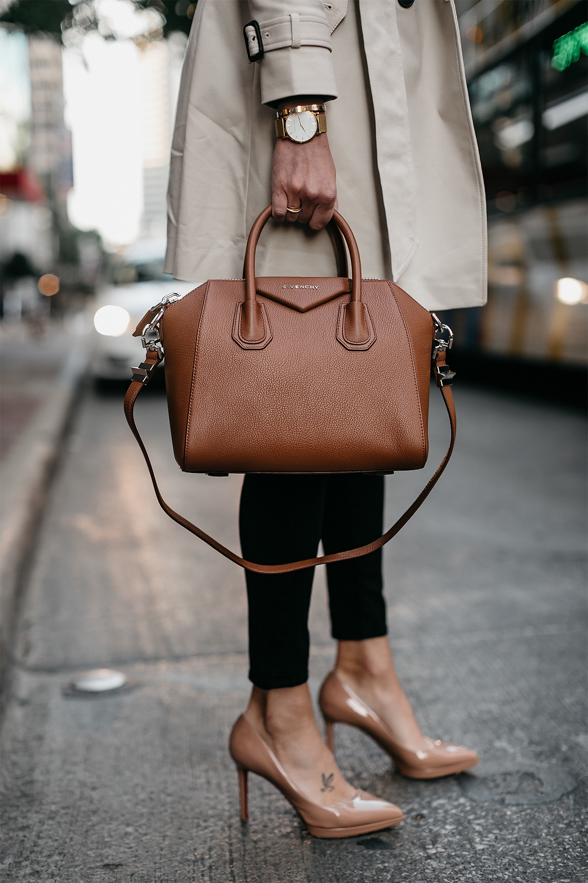 Givenchy Antigona Cognac Satchel Christian Louboutin Nude Pumps Trench Coat Black Skinny Jeans Fashion Jackson Dallas Blogger Fashion Blogger Street Style