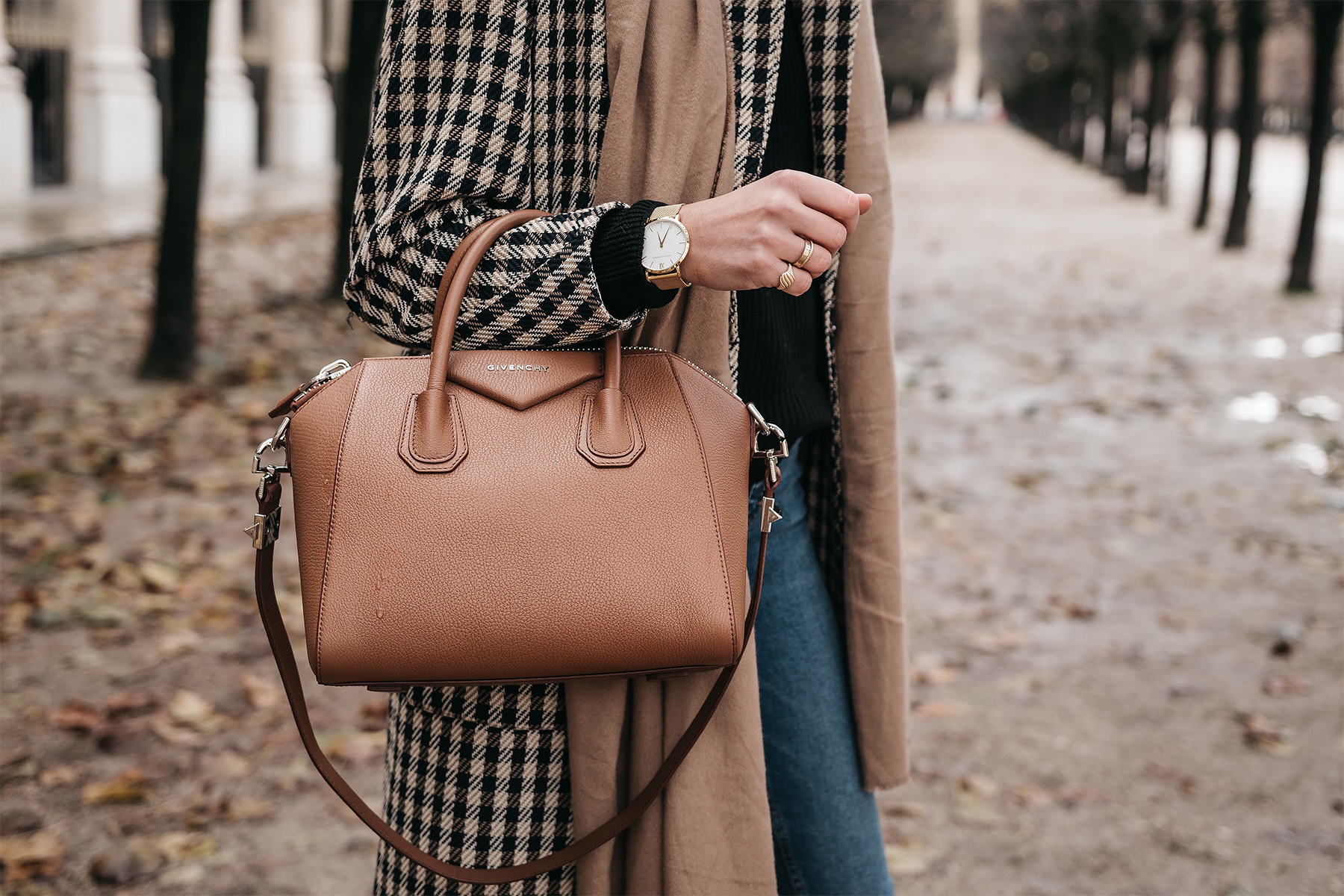Givenchy Antigona Cognac Satchel Plaid Coat Tan Scarf Fashion Jackson Dallas Blogger Fashion Blogger Street Style