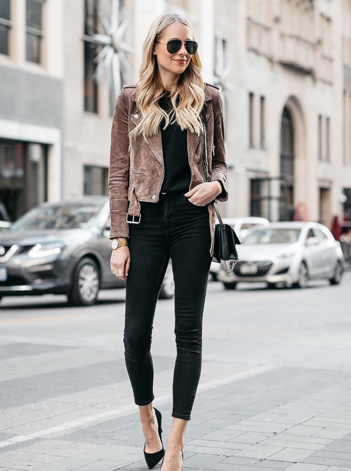 Blonde Woman Wearing Blanknyc Suede Moto Jacket Black Skinny Jeans Black Pumps Fashion Jackson Dallas Blogger Fashion Blogger Street Style