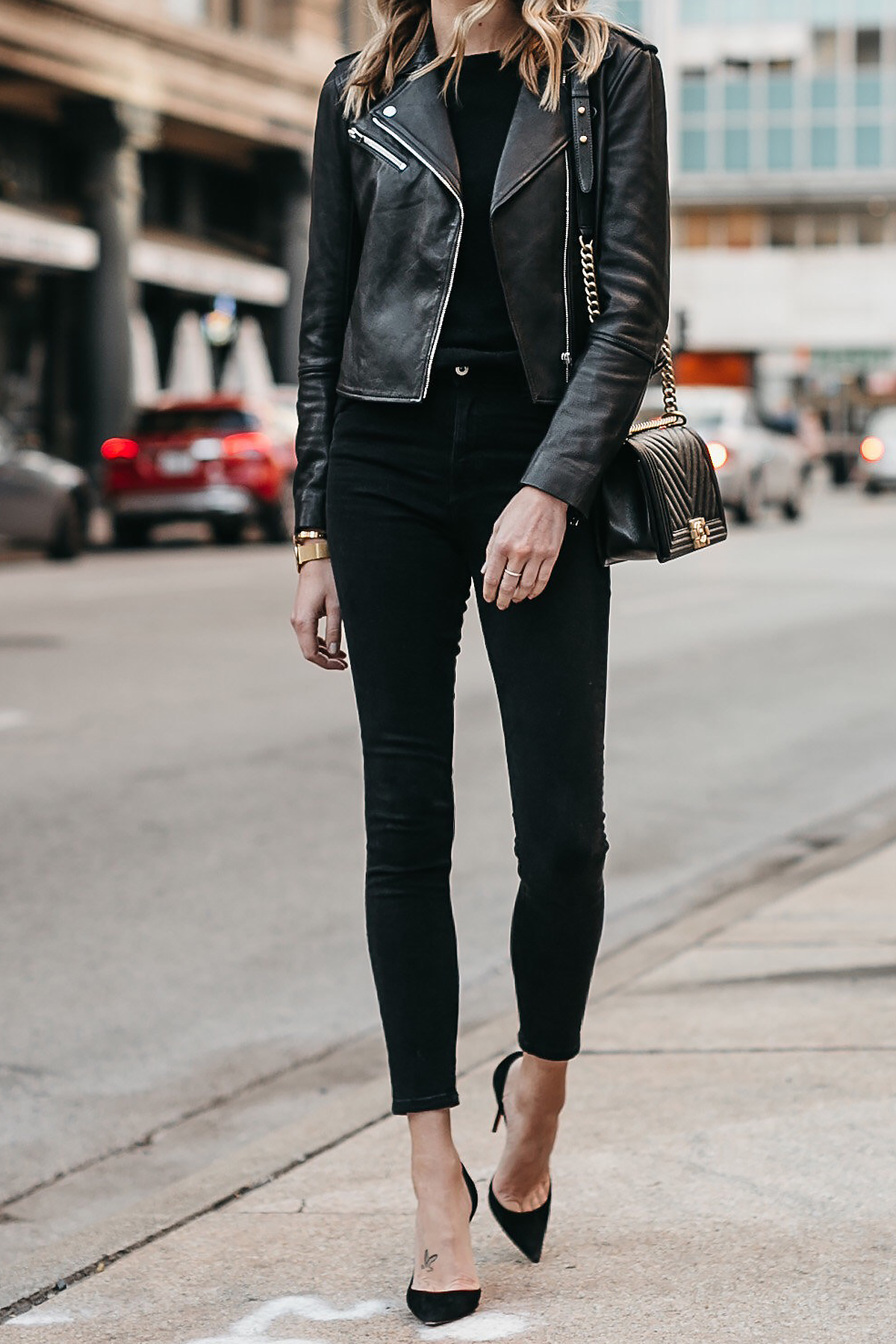 Club Monaco Black Leather Jacket Black Sweater Black Skinny Jeans Black Pumps Chanel Boy Bag Fashion Jackson Dallas Blogger Fashion Blogger Street Style