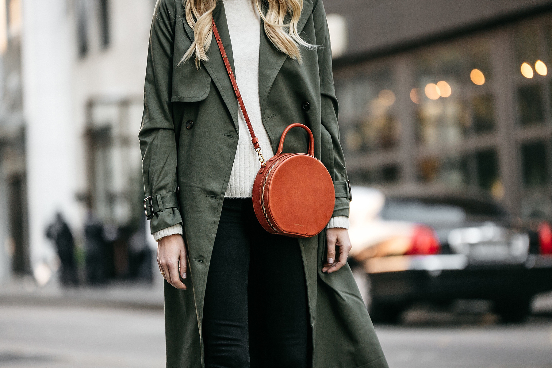 Green Trench Coat White Sweater Mansur Gavriel Circle Crossbody Fashion Jackson Dallas Blogger Fashion Blogger Street Style