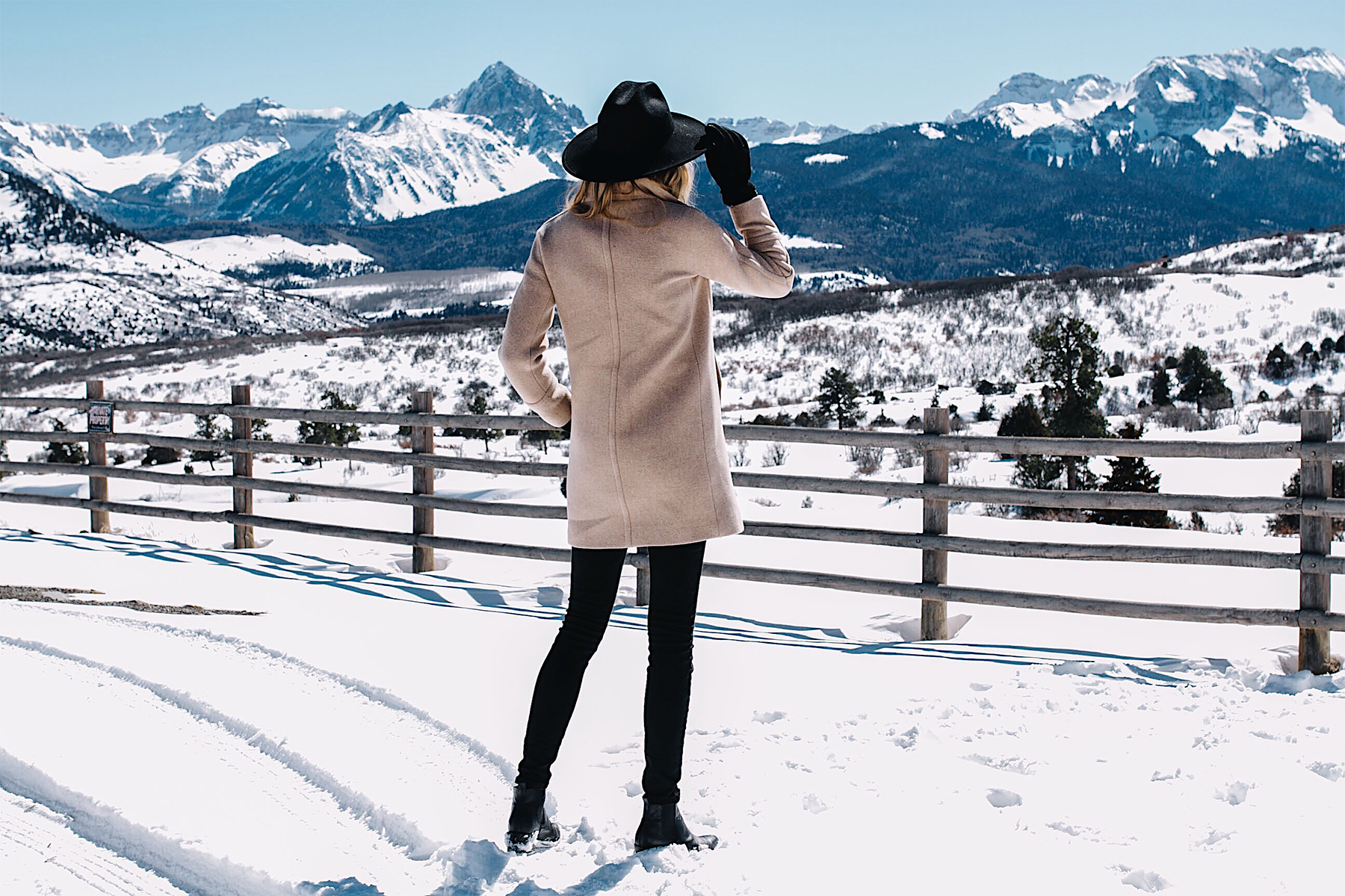 Telluride CO Snowy Mountains Camel Coat Black Wool Hat Black Skinny Jeans Black Booties Fashion Jackson Dallas Blogger Fashion Blogger
