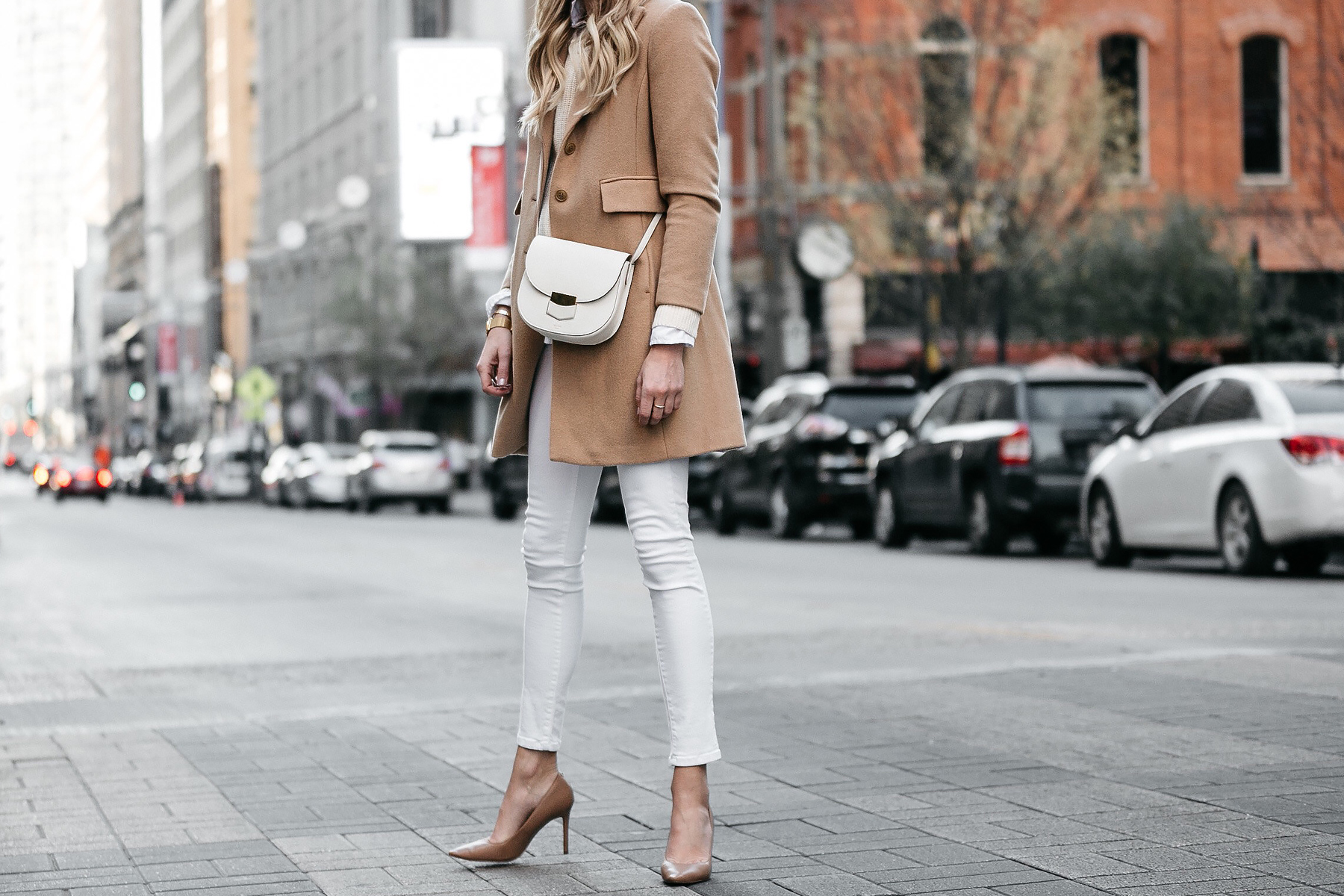 Camel Wool Coat White Skinny Jeans Nude Pumps Celine Trotteur White Handbag Fashion Jackson Dallas Blogger Fashion Blogger Street Style