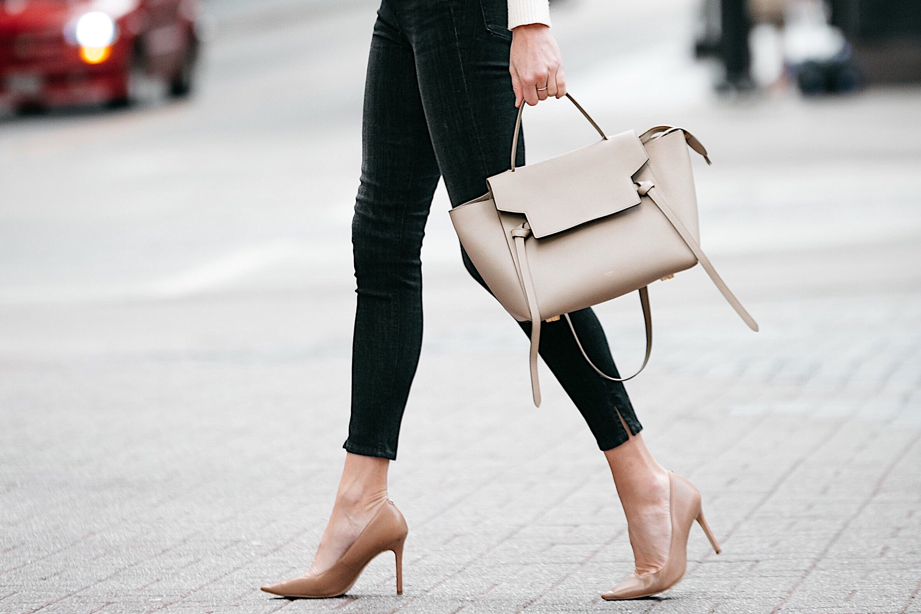 Woman Wearing Rag and Bone Black Skinny Jeans Nude Pumps Celine Mini Belt Bag Fashion Jackson Dallas Blogger Fashion Blogger Street Style