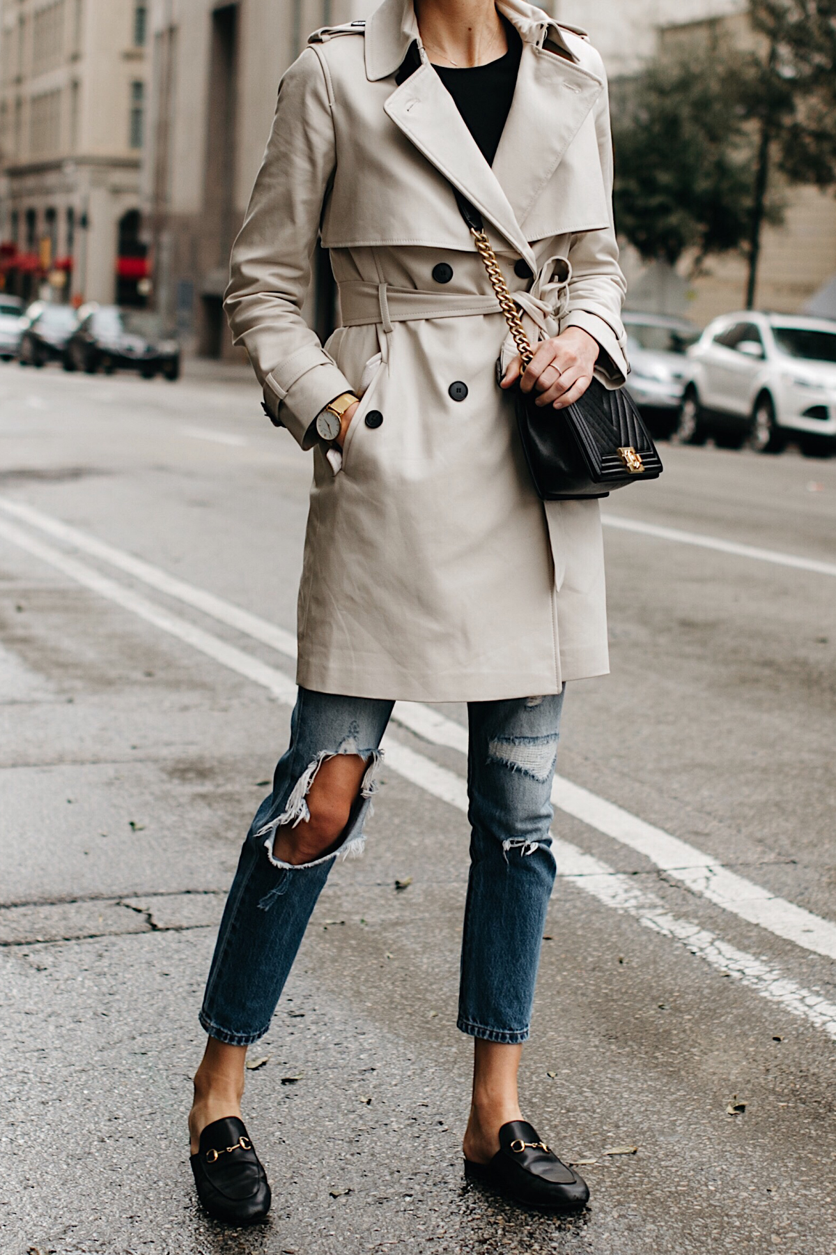 Woman Wearing Club Monaco Trench Coat Levis Ripped Jeans Gucci Black Princetown Mules Chanel Black Boy Bag Chevron Fashion Jackson Dallas Blogger Fashion Blogger Street Style