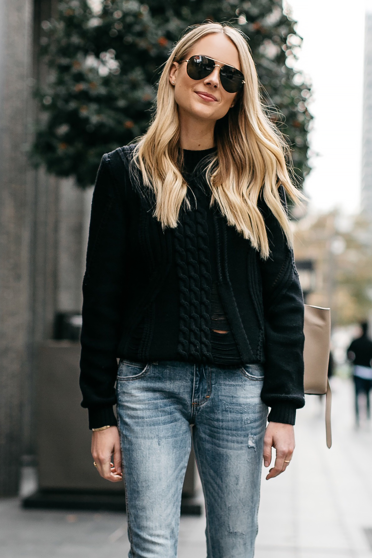 Blonde Woman Wearing Frame Black Cable Knit Sweater Denim Split Hem Skinny Jeans Celine Aviator Sunglasses Fashion Jackson Dallas Blogger Fashion Blogger Street Style