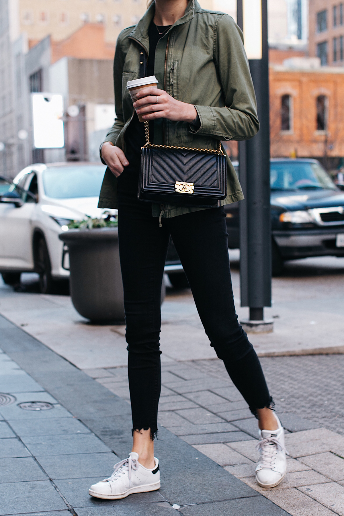 Woman Wearing Madewell Fleet Jacket Green Jacket Black Skinny Jeans adidas original Sneakers Chanel Black Boy Bag Fashion Jackson Dallas Blogger Fashion Blogger Street Style