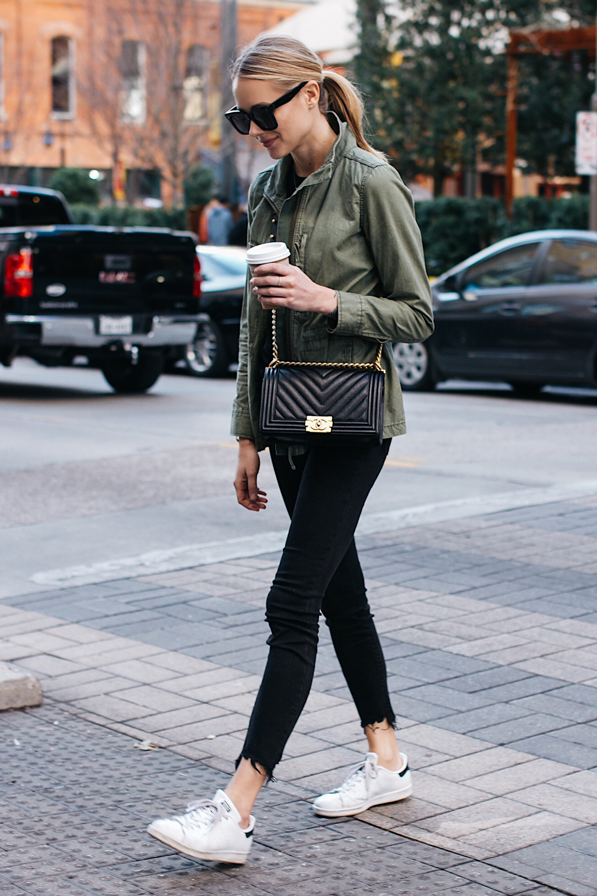 Blonde Woman Wearing Madewell Fleet Jacket Green Jacket Black Skinny Jeans adidas original Sneakers Chanel Black Boy Bag Fashion Jackson Dallas Blogger Fashion Blogger Street Style