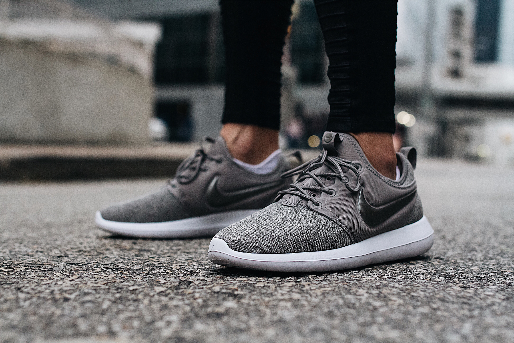 Nike Roshe Two Knit Grey Sneakers Fashion Jackson Dallas Blogger Fashion Blogger Street Style