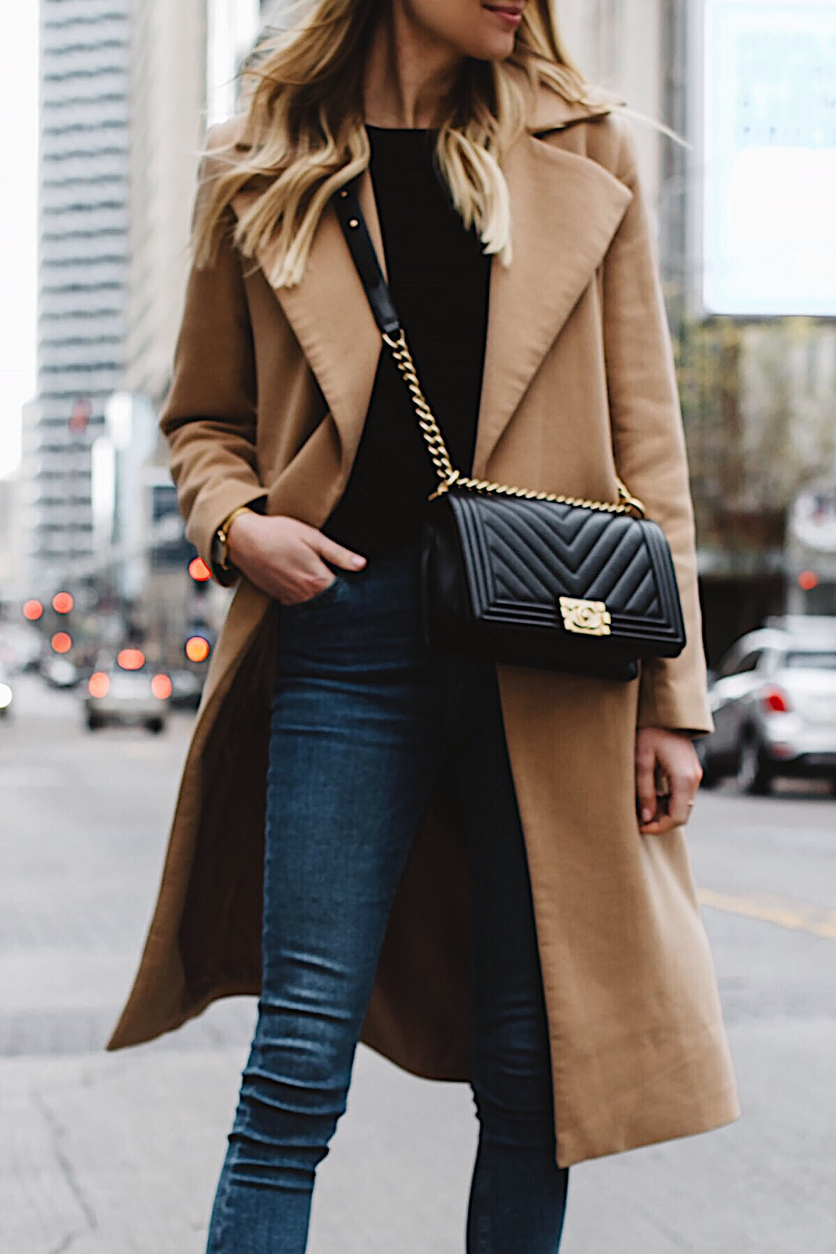woman wearing long camel coat black sweater topshop denim skinny jeans chanel black boy bag fashion jackson dallas blogger fashion blogger street style