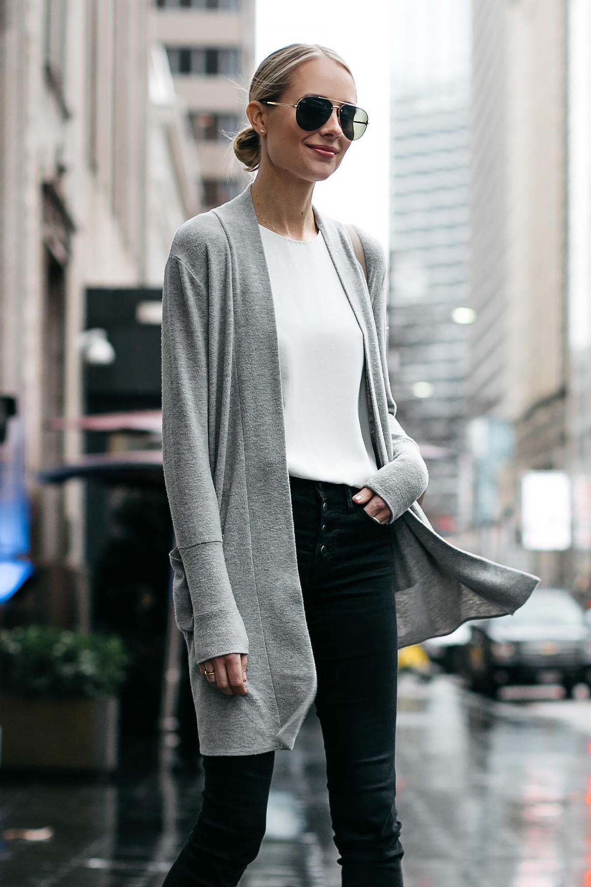 Blonde Woman Wearing Grey Long Cardigan Madewell Black Ripped Skinny Jeans Fashion Jackson Dallas Blogger Fashion Blogger Street Style