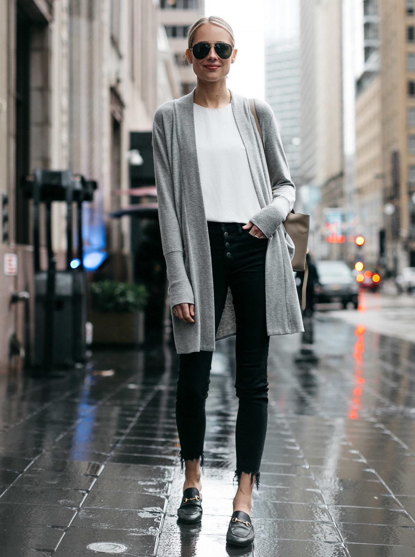 Blonde Woman Wearing Grey Long Cardigan Madewell Black Ripped Skinny Jeans Gucci Princetown Black Mules Fashion Jackson Dallas Blogger Fashion Blogger Street Style