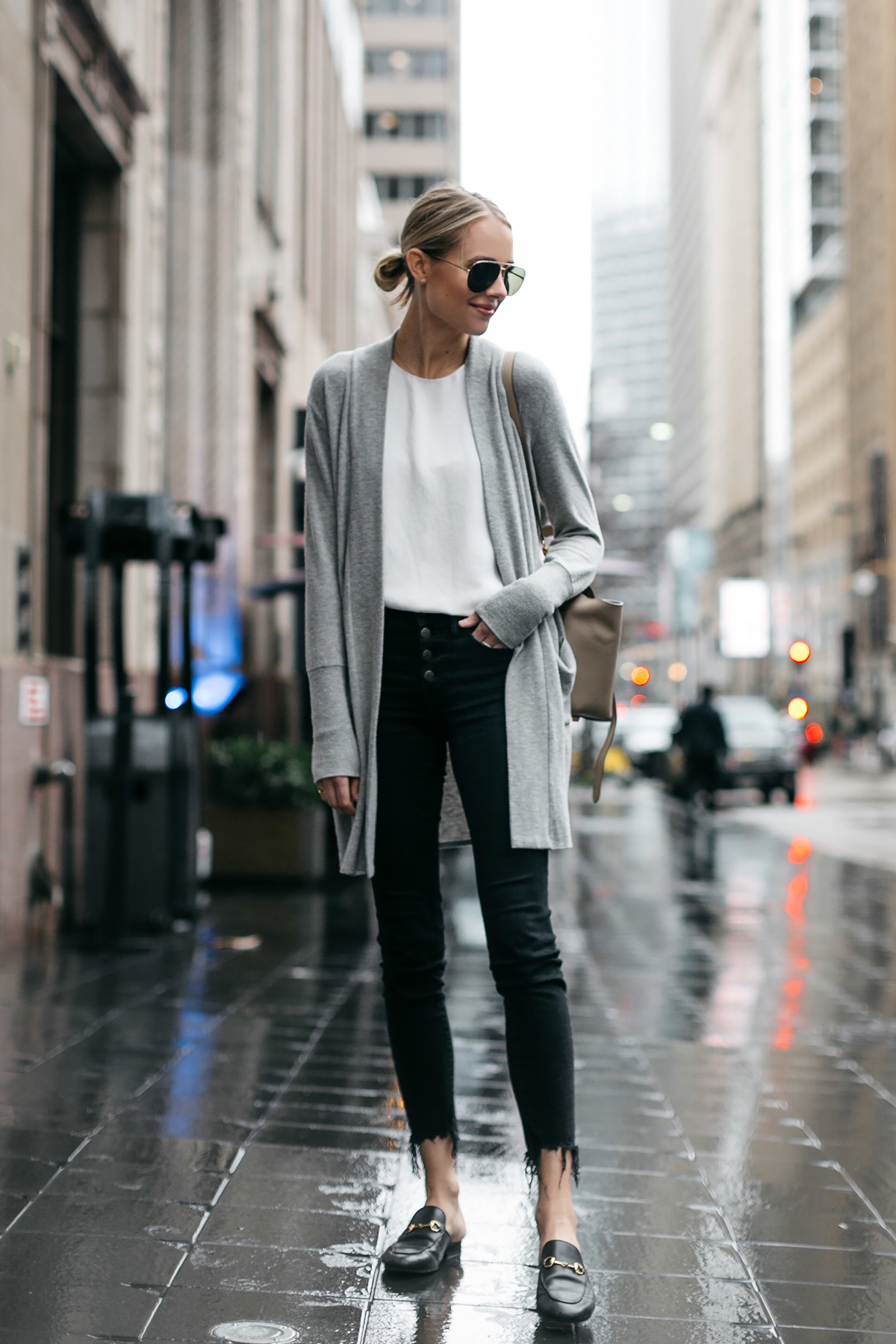 Blonde Woman Wearing Grey Long Cardigan Madewell Black Ripped Skinny Jeans Gucci Princetown Black Mules Fashion Jackson Dallas Blogger Fashion Blogger Street Style
