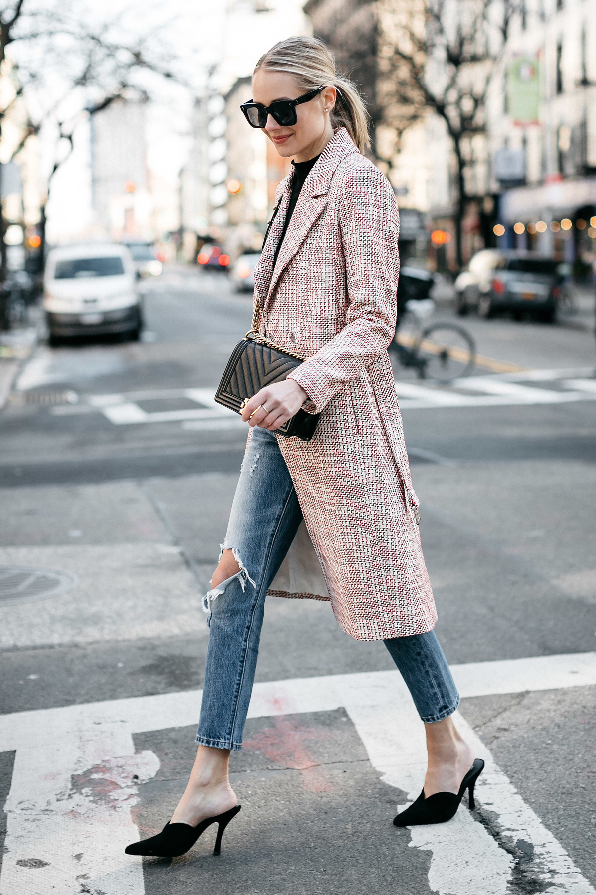 Blonde Woman Wearing HM Tweed Coat Levis Ripped Jeans Black Pumps Chanel Black Chevron Boy Bag Fashion Jackson Dallas Blogger Fashion Blogger Street Style NYFW