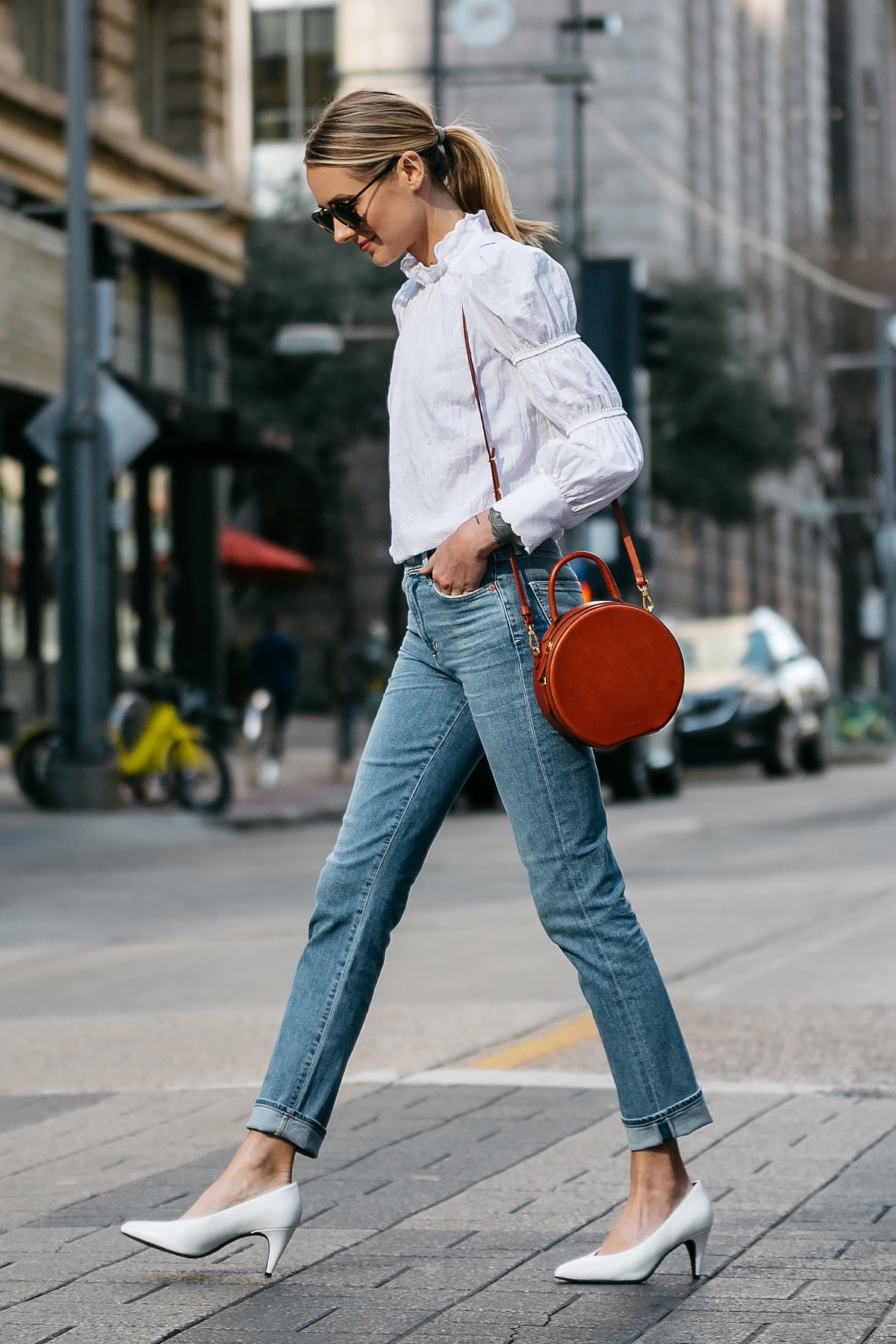 Blonde Woman Wearing Rebecca Taylor White Ruffle Top Relaxed Denim Jeans Mansur Gavriel Circle Bag White Pumps Fashion Jackson Dallas Blogger Fashion Blogger Street Style