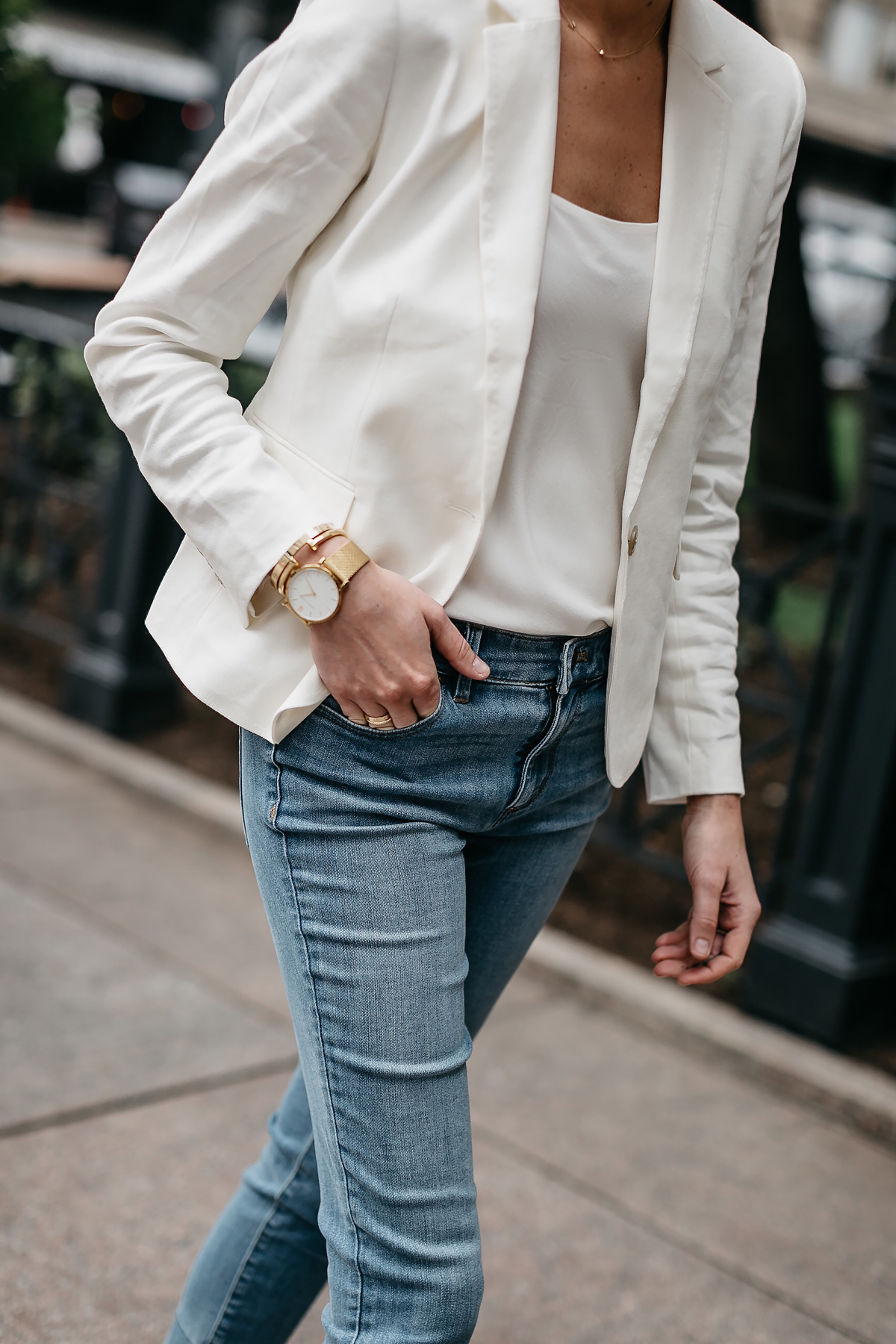 Woman Wearing Ann Taylor White Blazer White Cami Denim Jeans Fashion Jackson Dallas Blogger Fashion Blogger Street Style