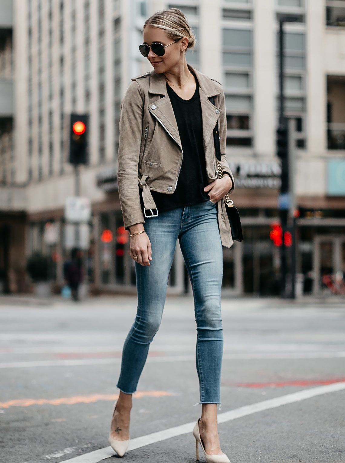 Blonde Woman Wearing Blanknyc Tan Suede Moto Jacket Black Tshirt Mother Denim Skinny Jeans Nude Heels Aviator Sunglasses Fashion Jackson Dallas Blogger Fashion Blogger Street Style