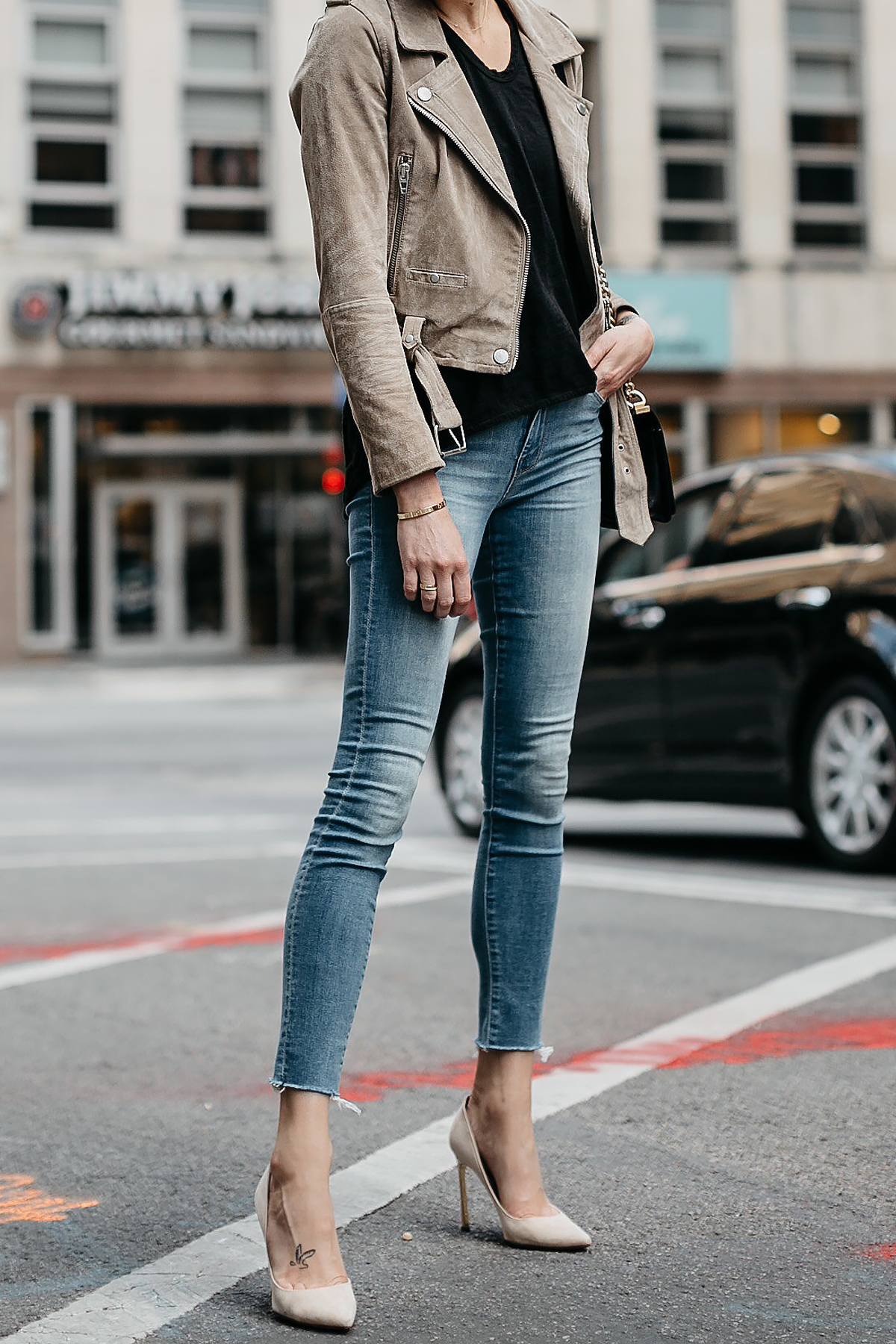 Woman Wearing Blanknyc Tan Suede Moto Jacket Black Tshirt Mother Denim Skinny Jeans Nude Heels Fashion Jackson Dallas Blogger Fashion Blogger Street Style