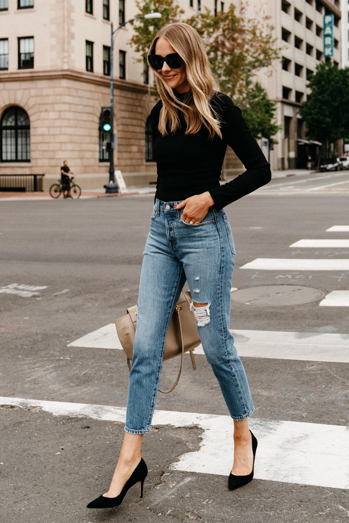 Fashion Jackson Wearing Black Bodysuit Levis Ripped Jeans Black Pumps Street Style