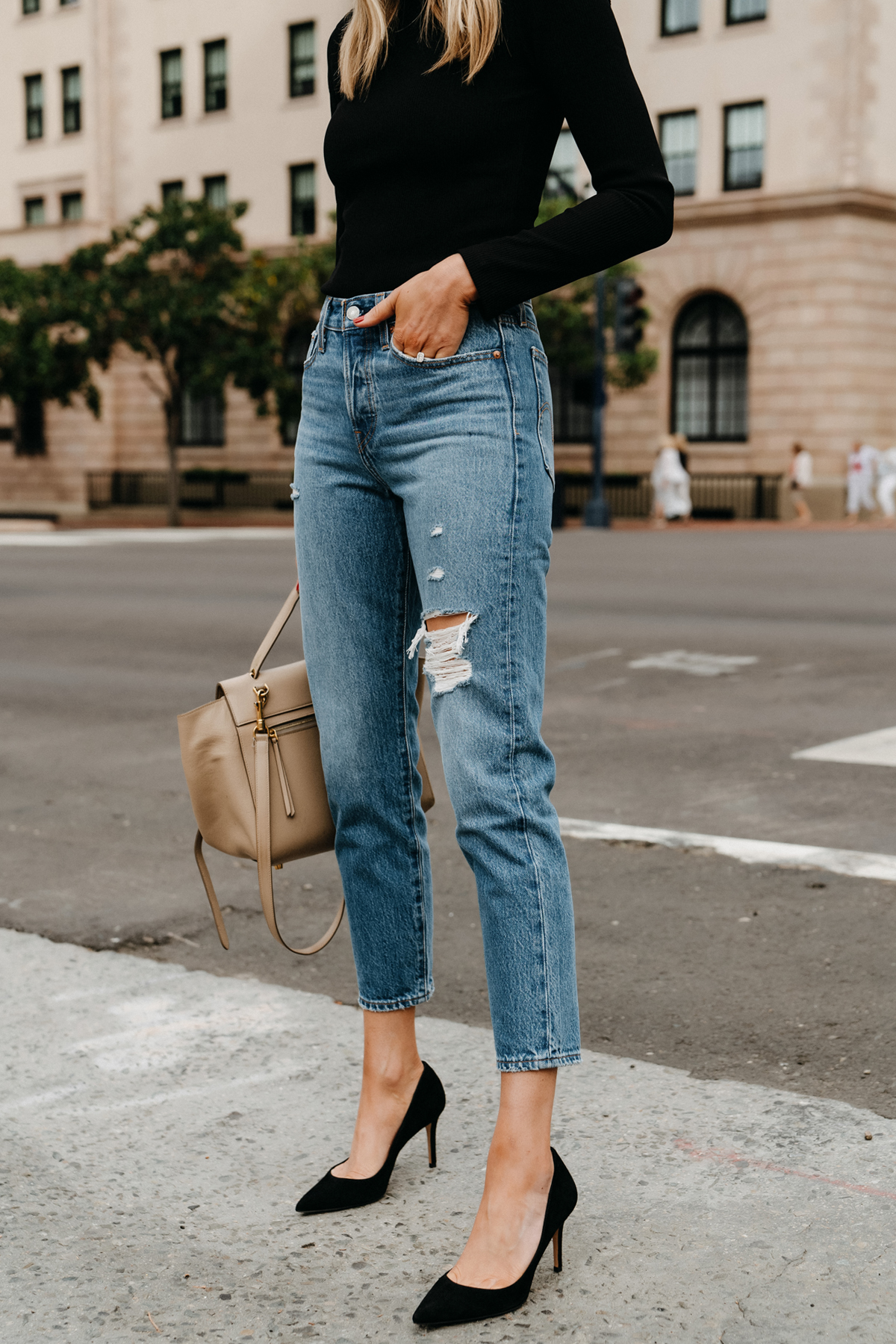 Fashion Jackson Wearing Black Bodysuit Levis Ripped Jeans Black Pumps