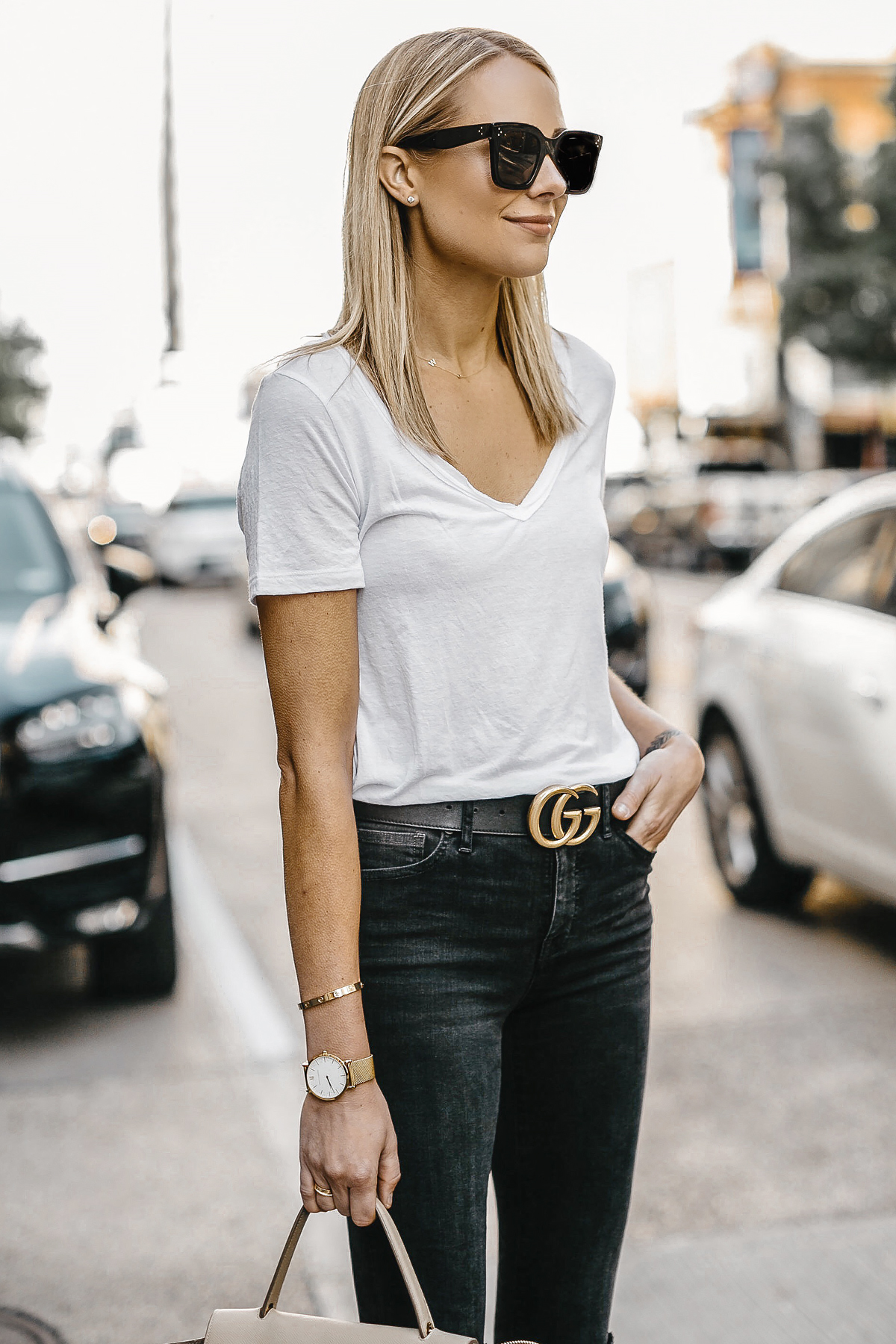 Blonde Woman Wearing White Tshirt Gucci Marmont Belt Black Skinny Jeans Fashion Jackson Dallas Blogger Fashion Blogger Street Style