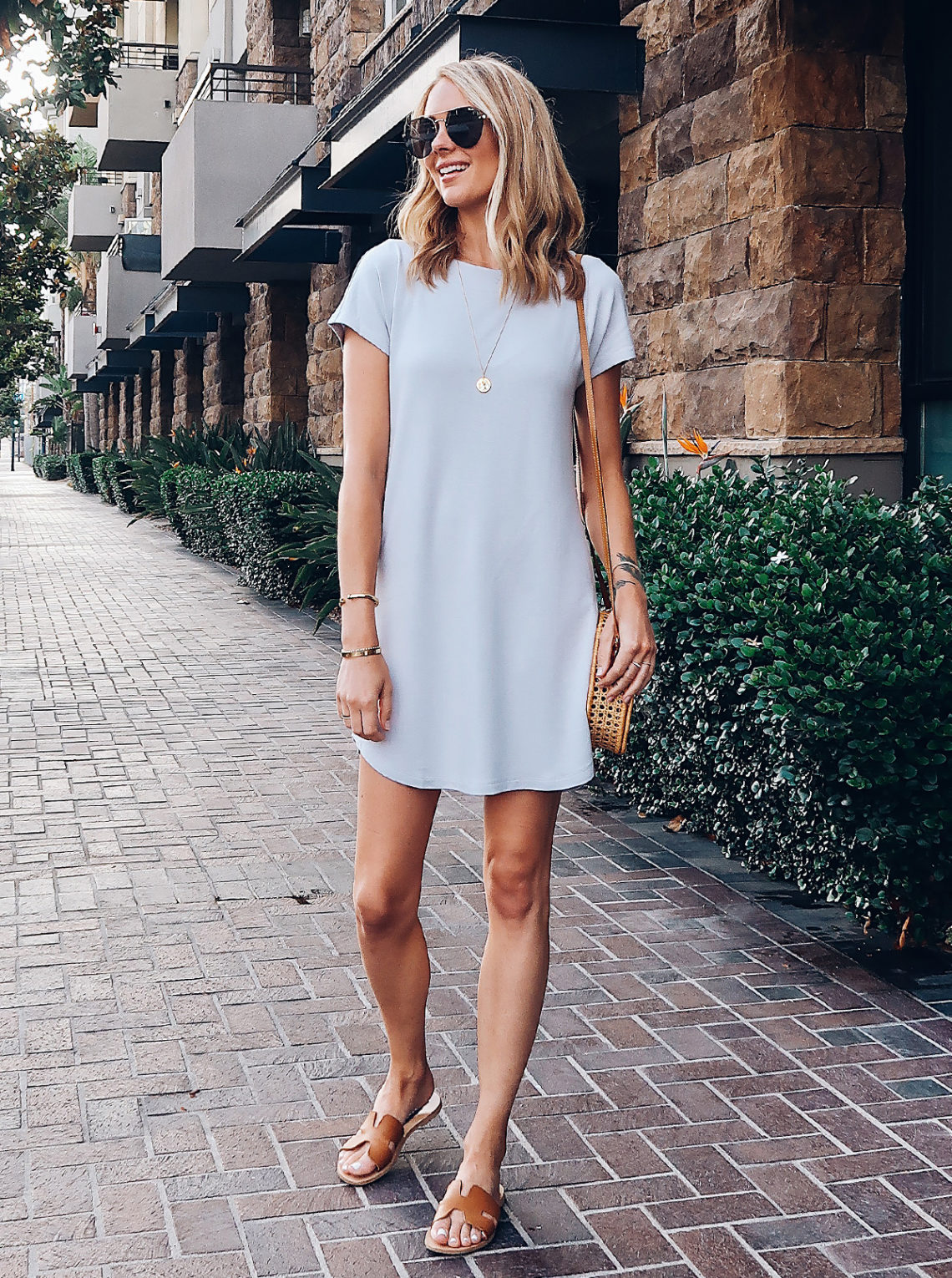 Blonde Woman Wearing Lou & Grey Tshirt Dress Circle Basket Handbag Aviator Sunglasses Steve Madden Greece Sandals Tan Fashion Jackson San Diego Blogger Fashion Blogger Street Style