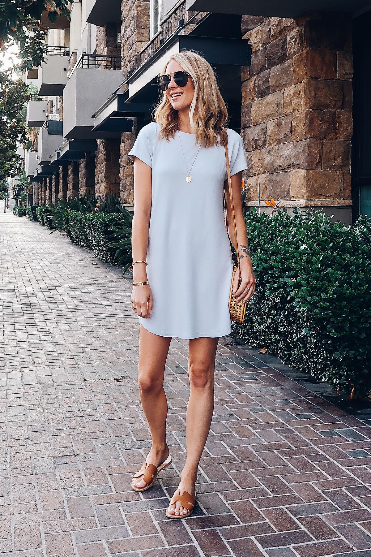 Blonde Woman Wearing Lou & Grey Tshirt Dress Circle Basket Handbag Aviator Sunglasses Steve Madden Greece Sandals Tan Fashion Jackson San Diego Blogger Fashion Blogger Street Style